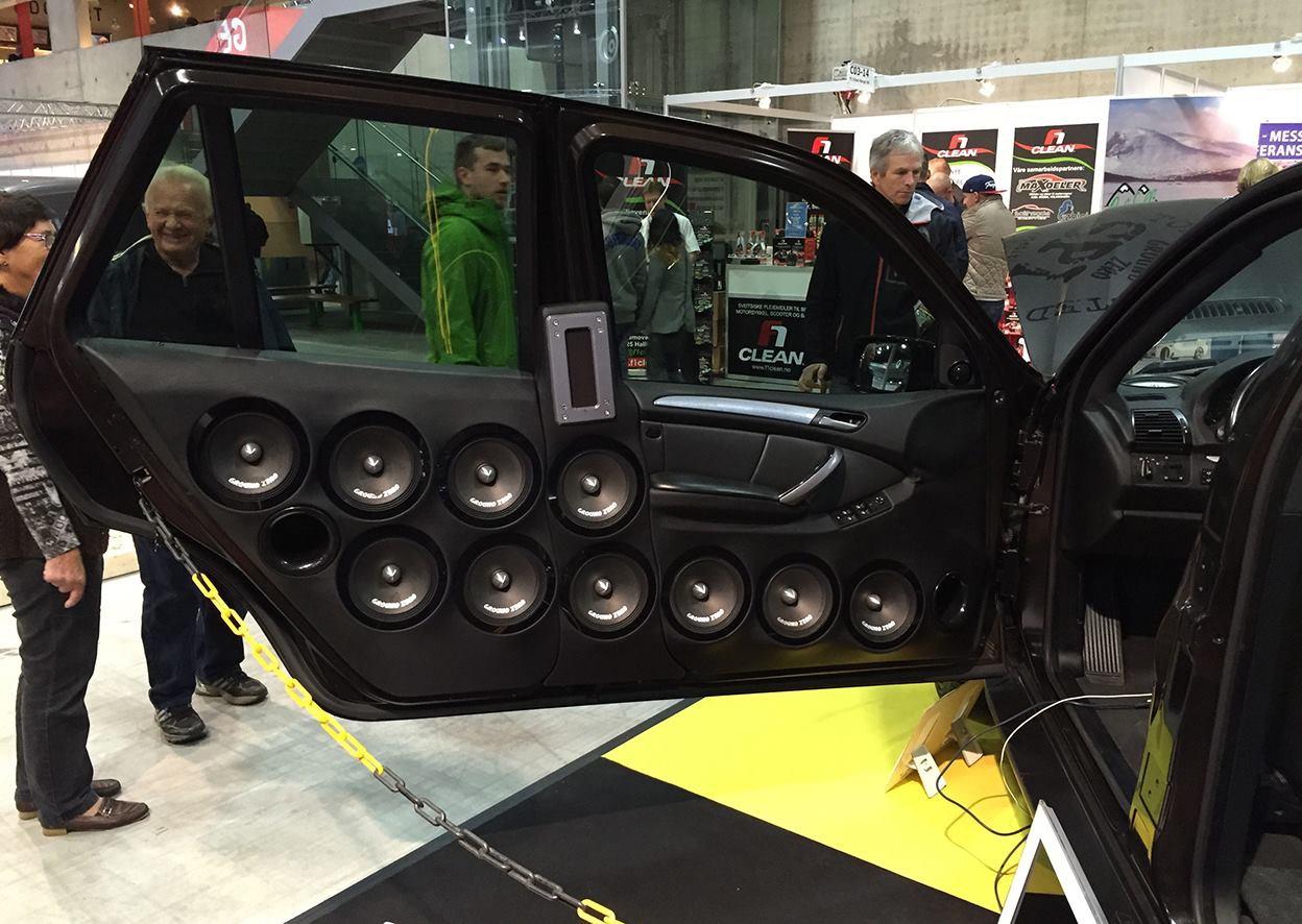 BMW X5Six-Wheel (18)