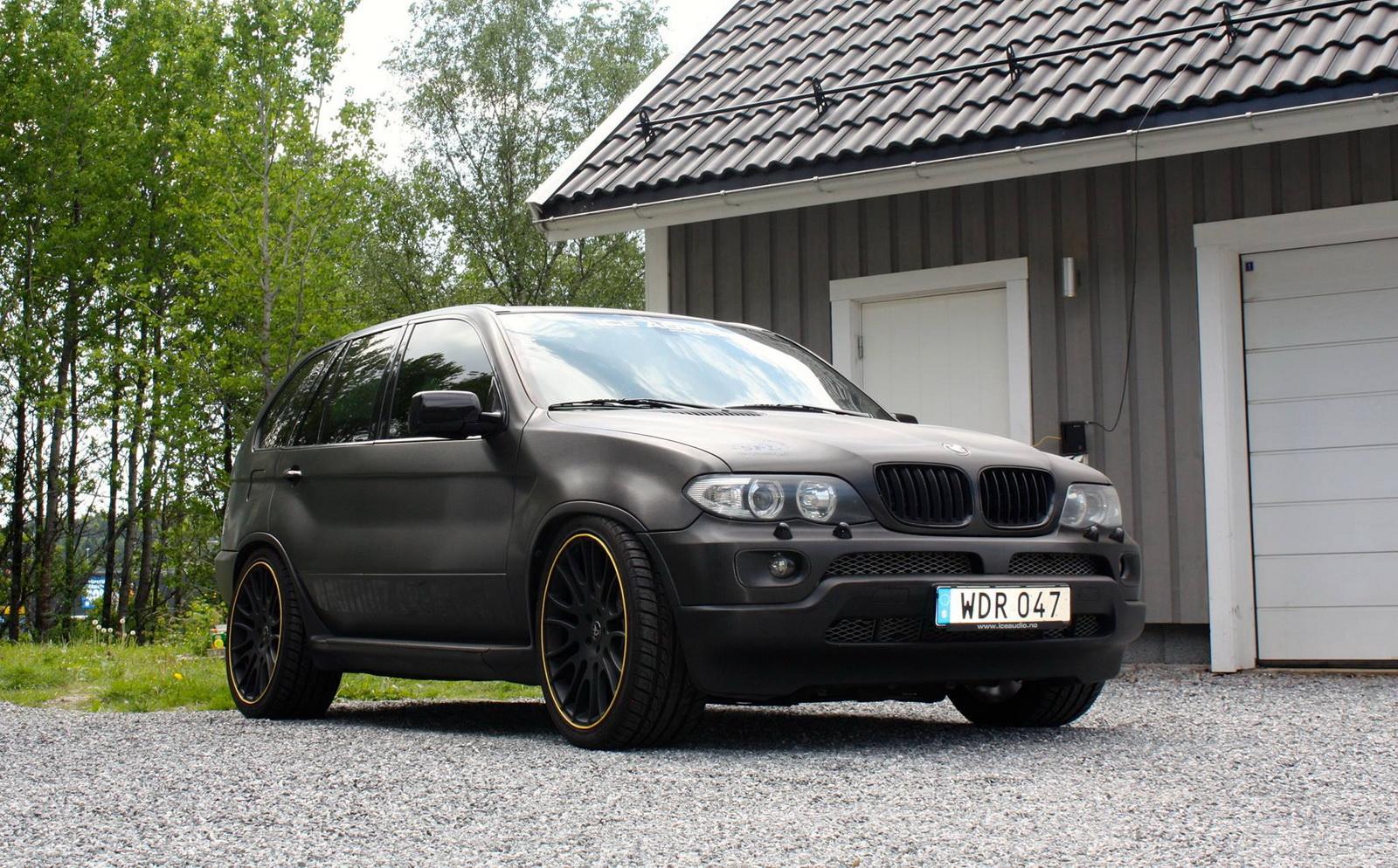 BMW X5Six-Wheel (2)