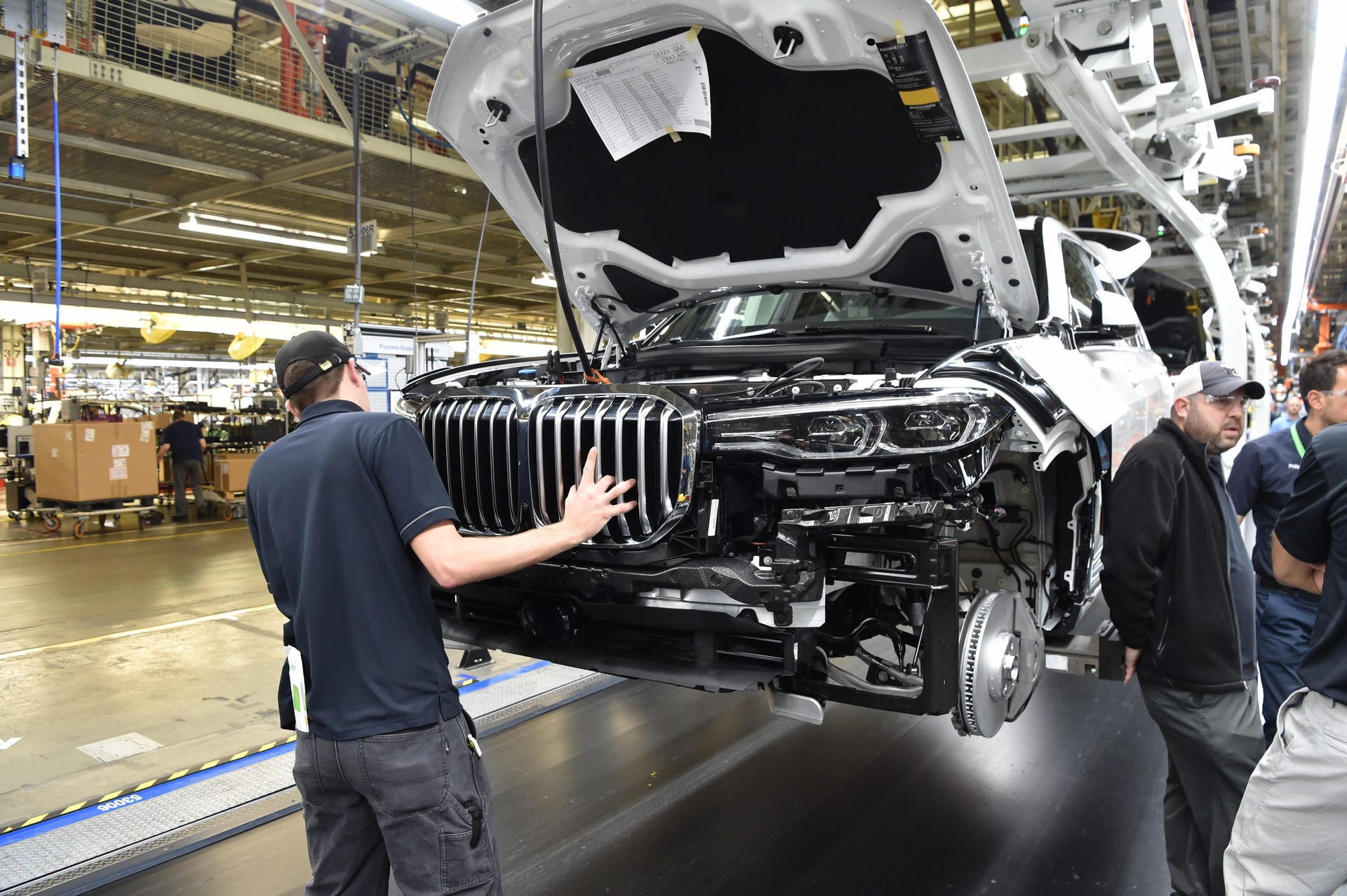 BMW X7 pre-production (16)