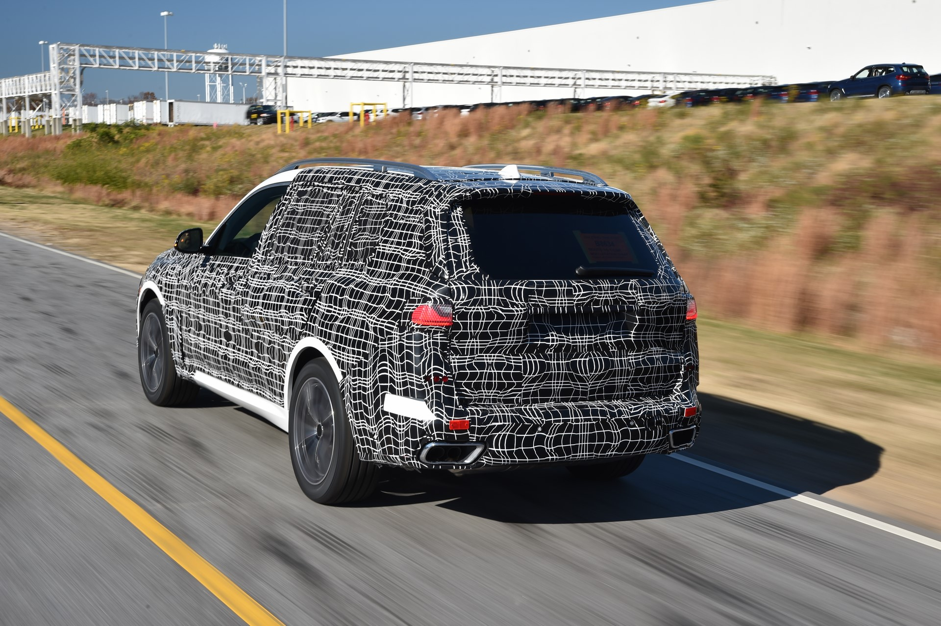 BMW X7 pre-production (2)