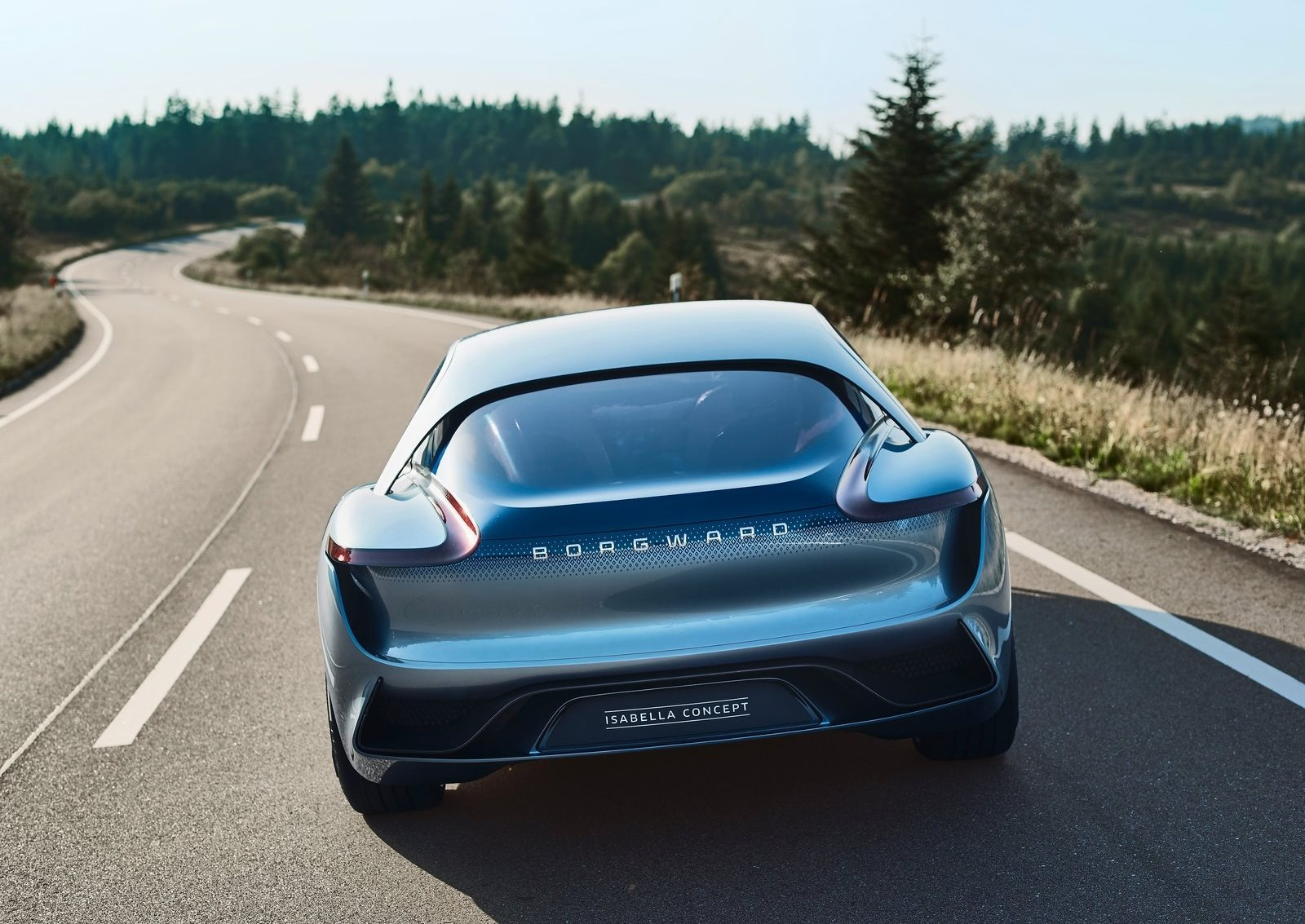 Borgward-Isabella_Concept-2017-1600-0b