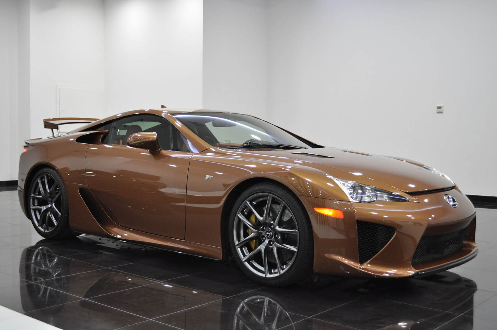Brown_Lexus_LFA_for_sale_06