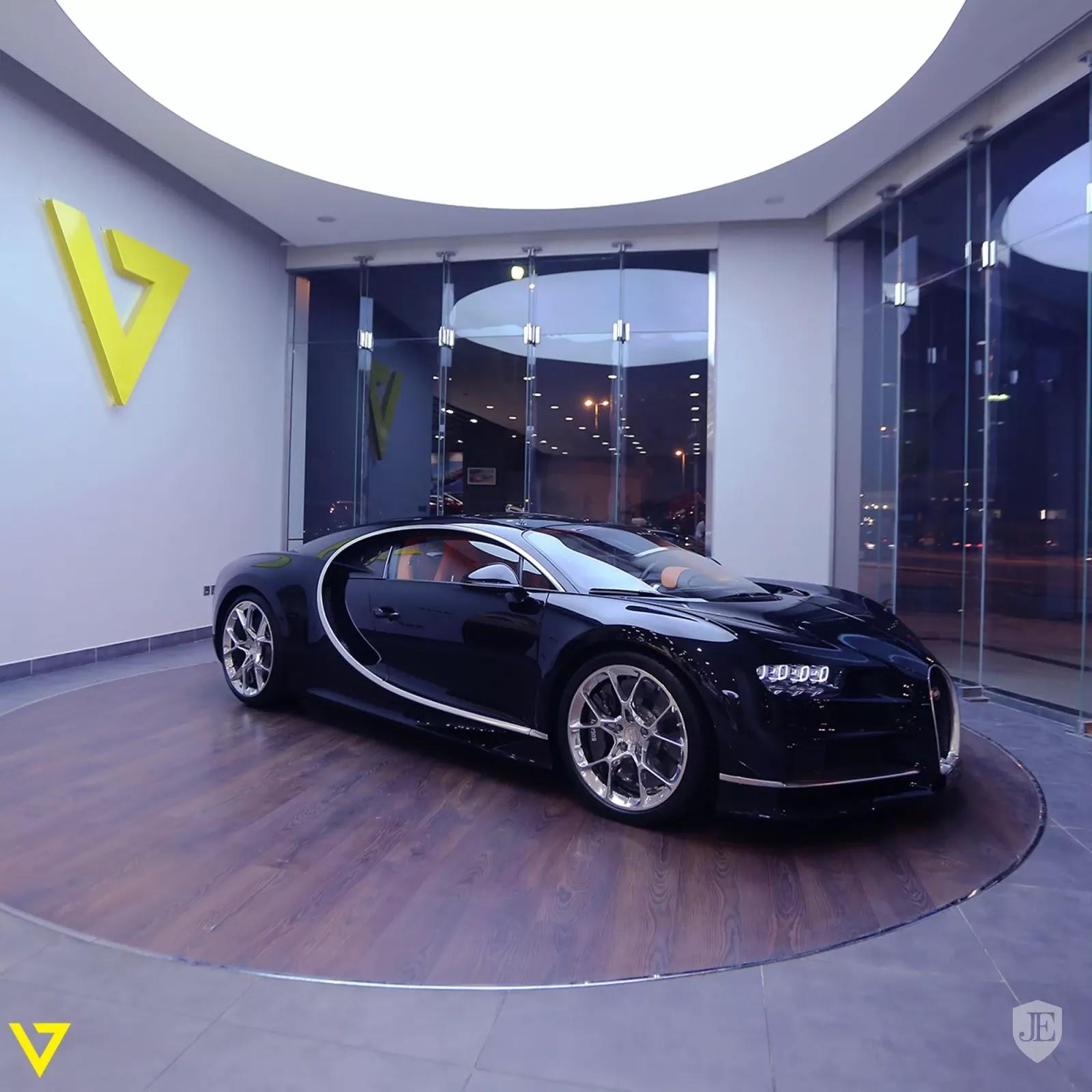 Bugatti Chiron Bugatti_Chiron_for_sale_0000