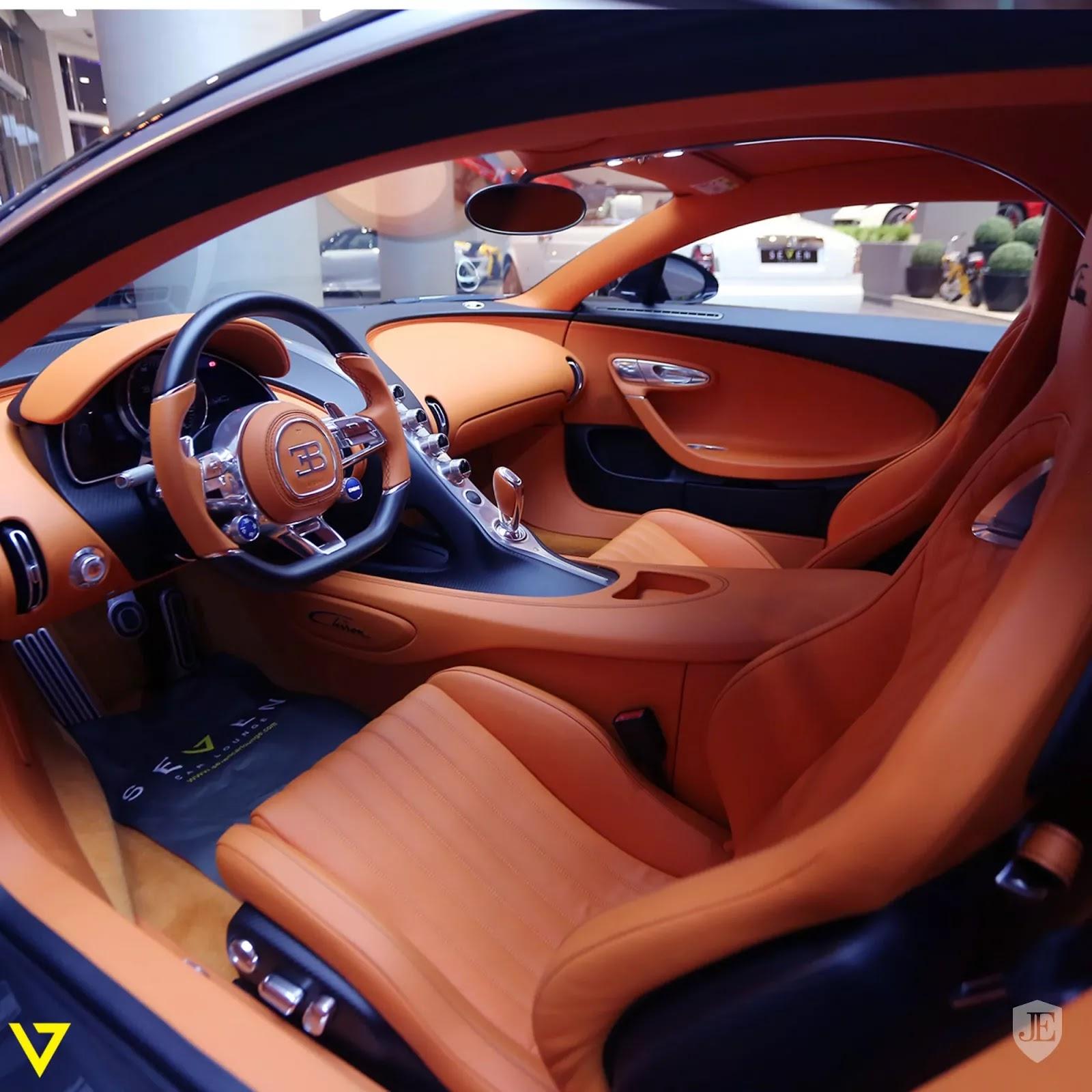 Bugatti Chiron Bugatti_Chiron_for_sale_0005