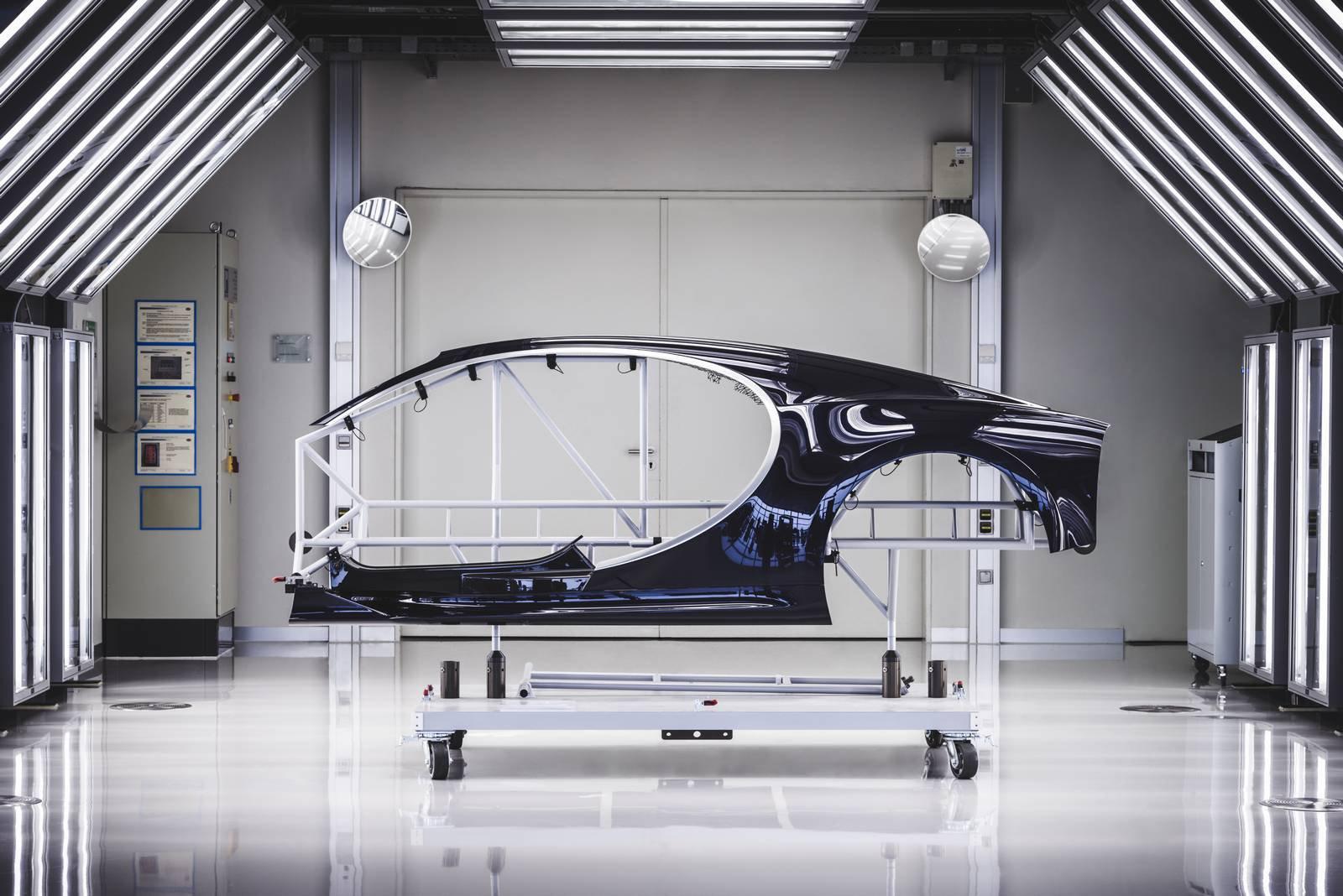 Bugatti Chiron production plant factory (10)