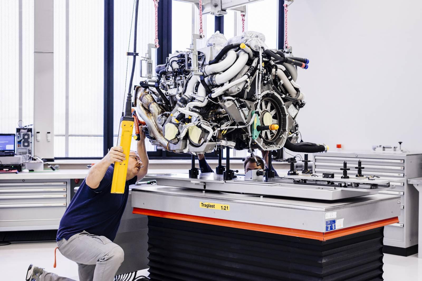 Bugatti Chiron production plant factory (3)