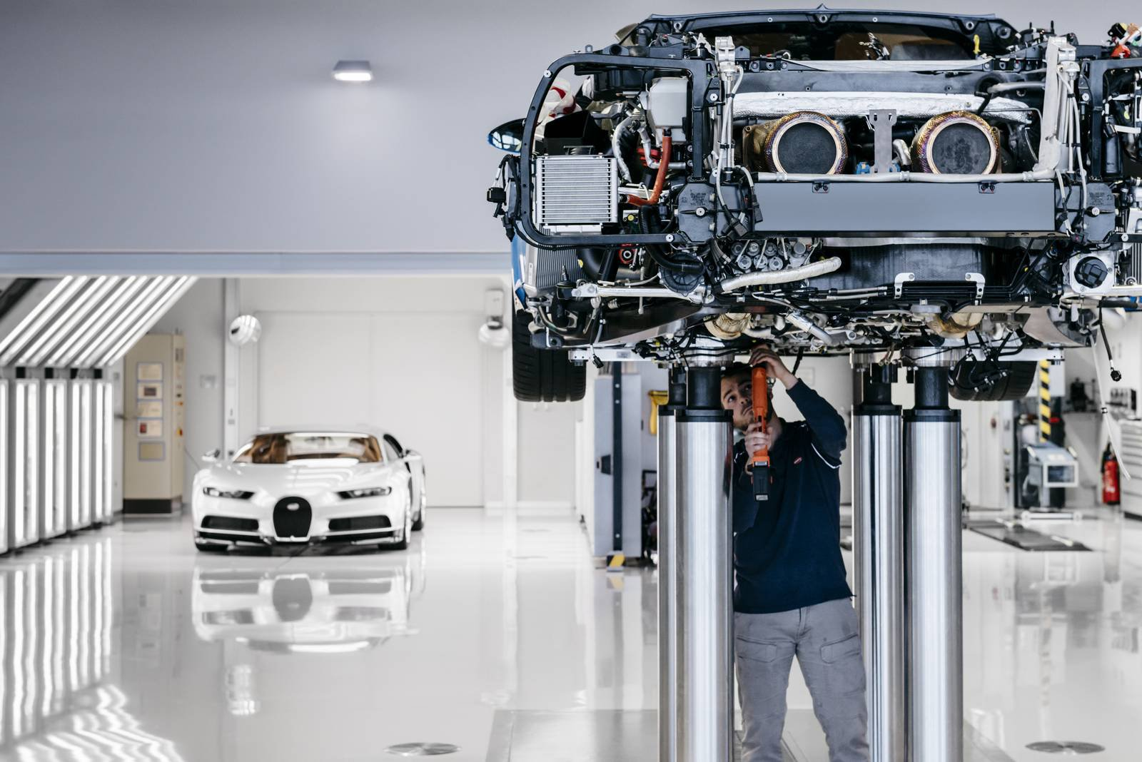 Bugatti Chiron production plant factory (5)