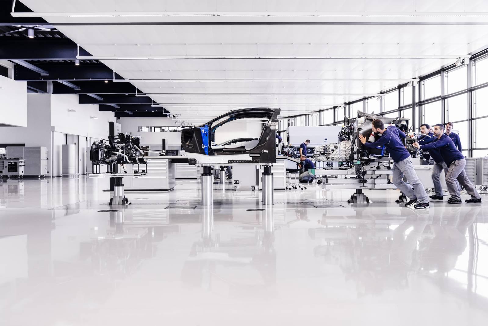 Bugatti Chiron production plant factory (7)