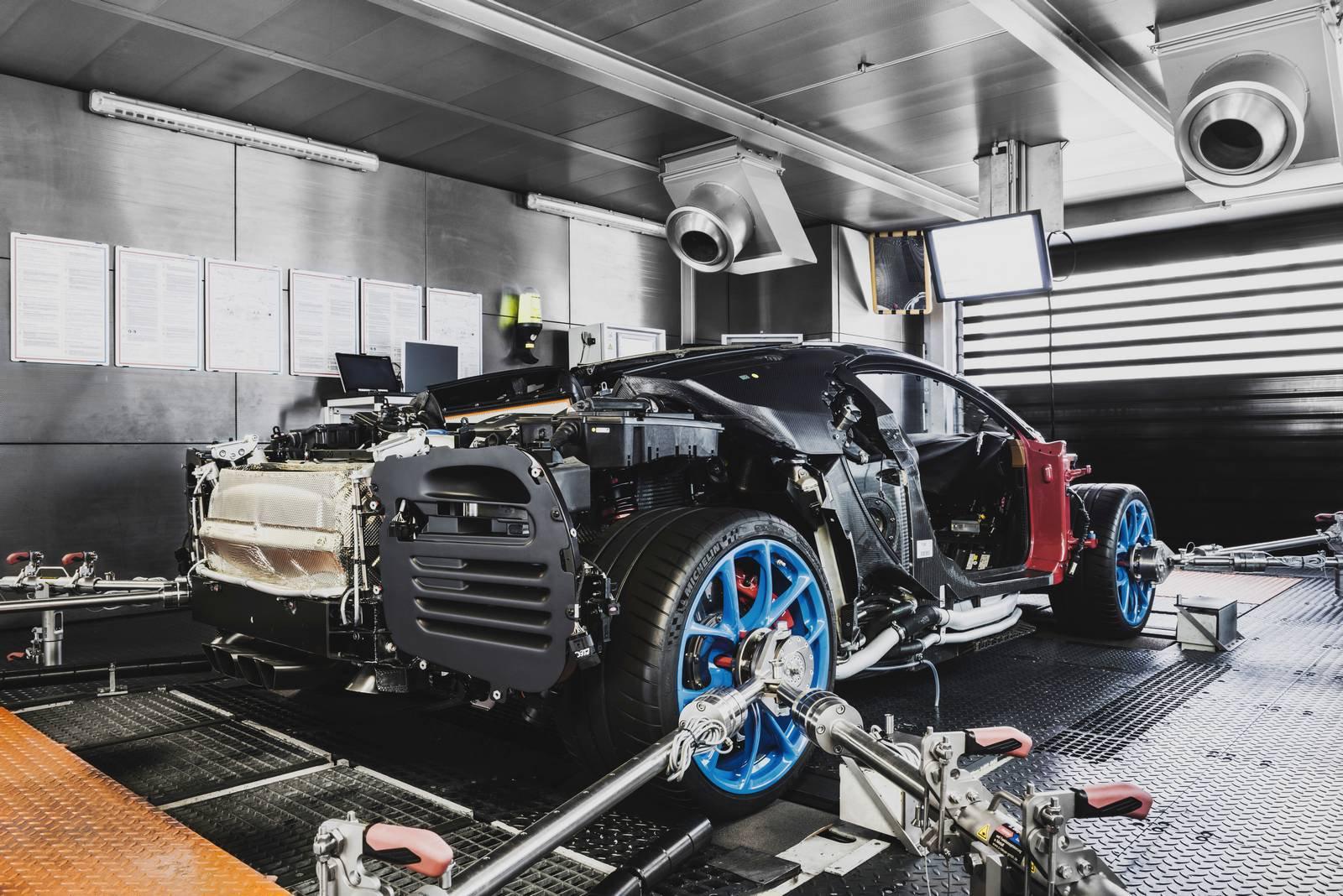 Bugatti Chiron production plant factory (9)