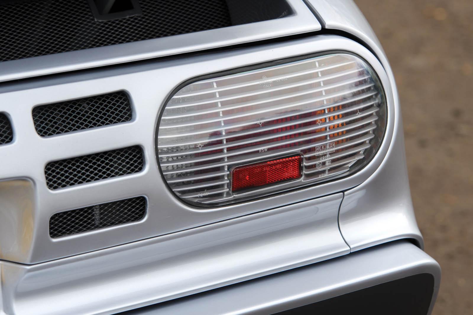 bugatti-eb110-ss-prototype-12