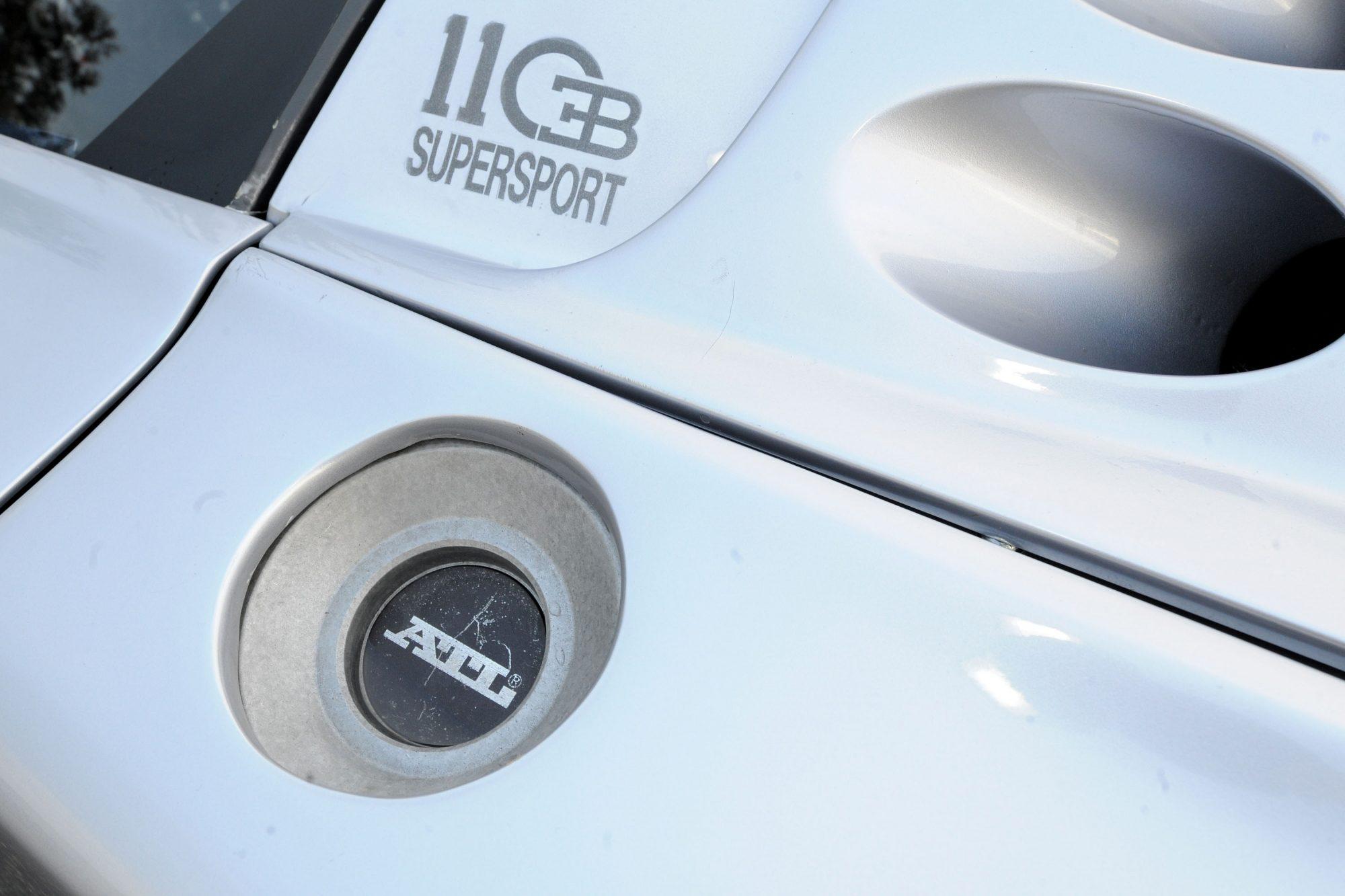 Bugatti_EB110_SS_Race_Car_0001