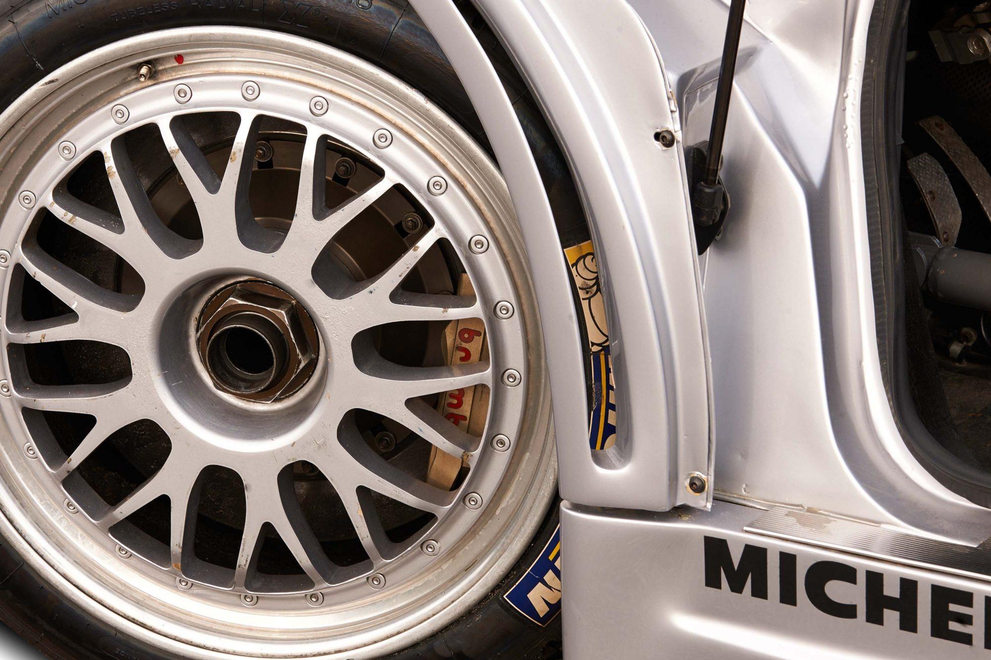 Bugatti_EB110_SS_Race_Car_0002