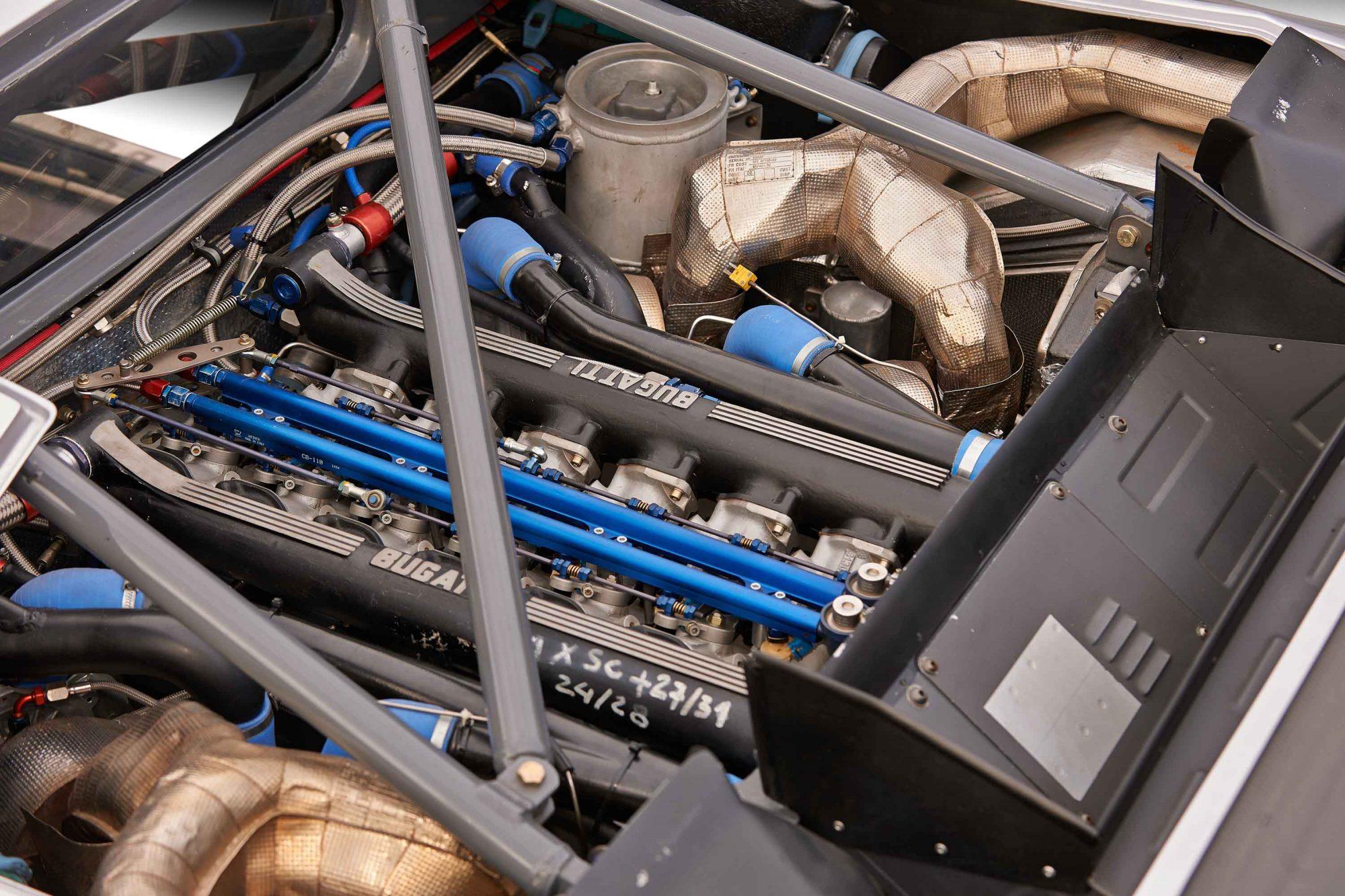 Bugatti_EB110_SS_Race_Car_0003
