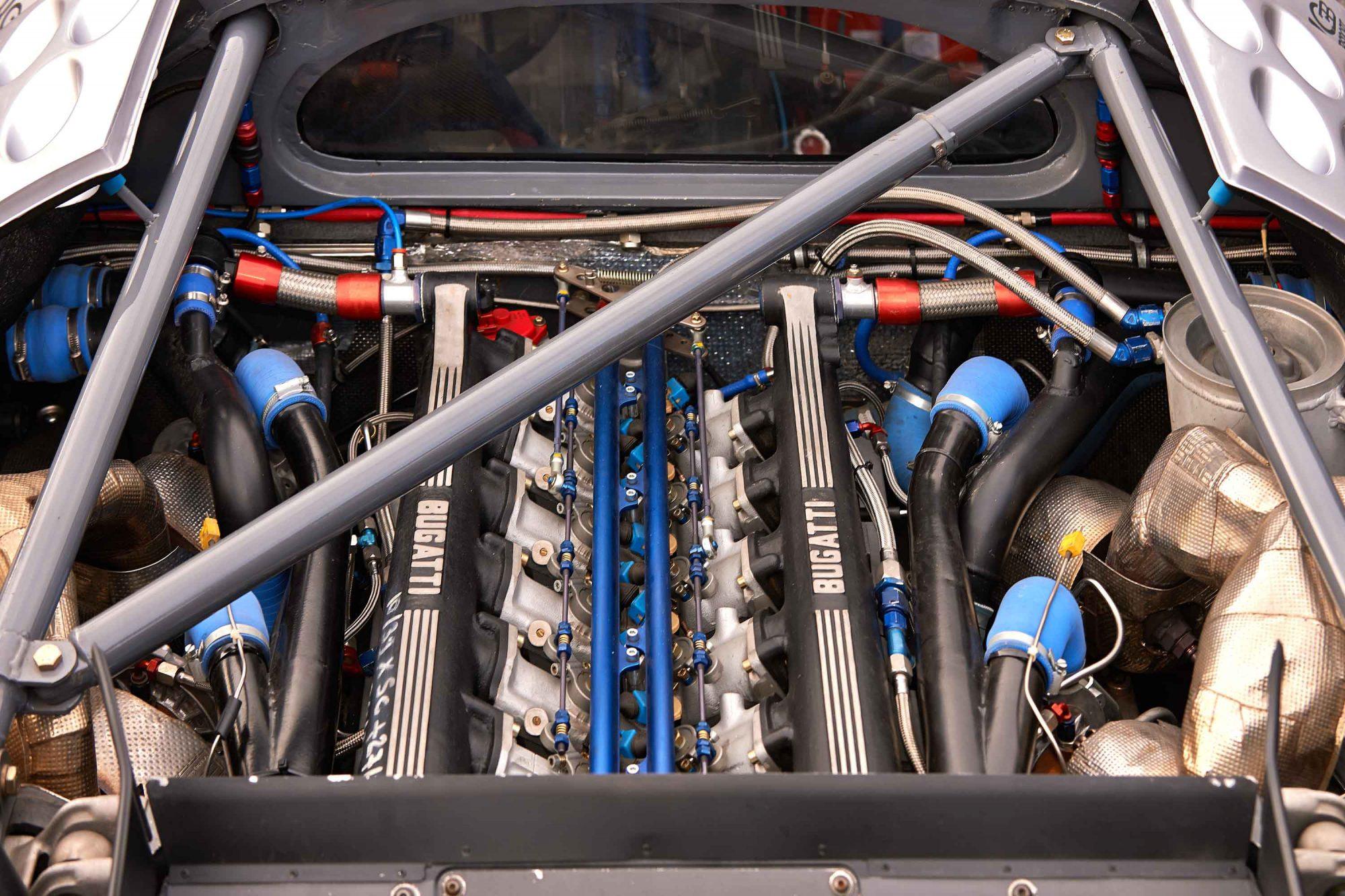Bugatti_EB110_SS_Race_Car_0010
