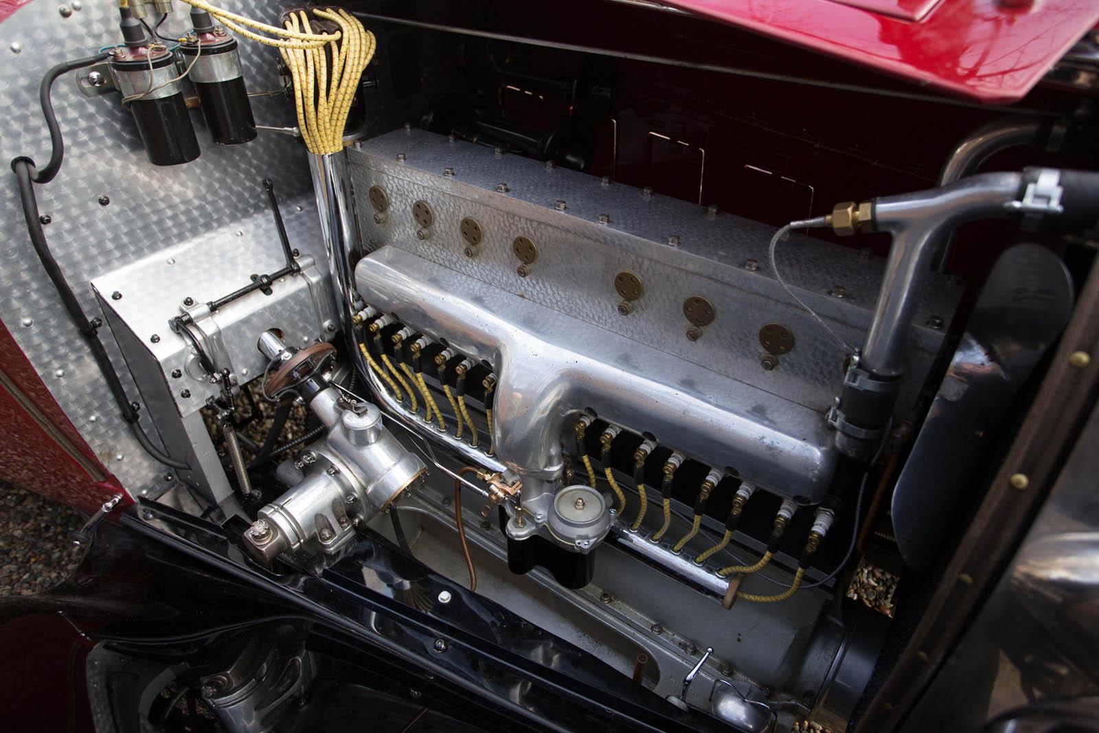 Bugatti Type 49 roadster 6