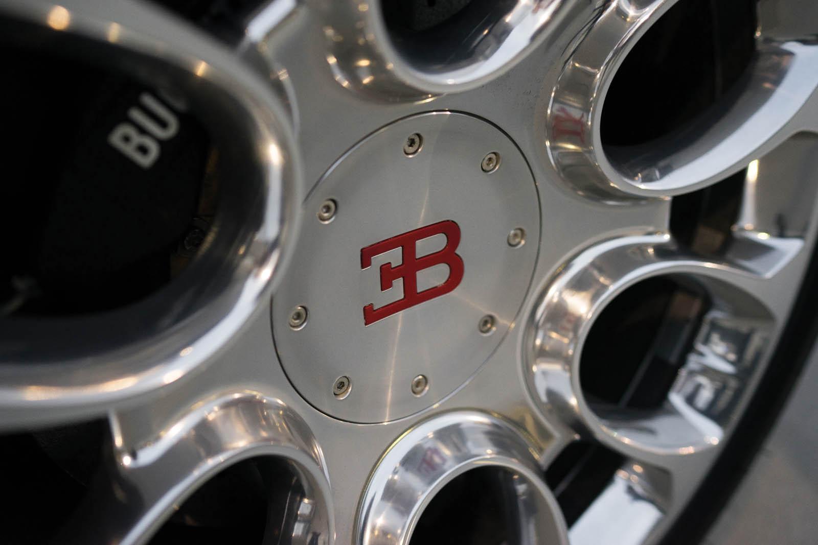Bugatti_Veyron_Grand_Sport_for_sale_07