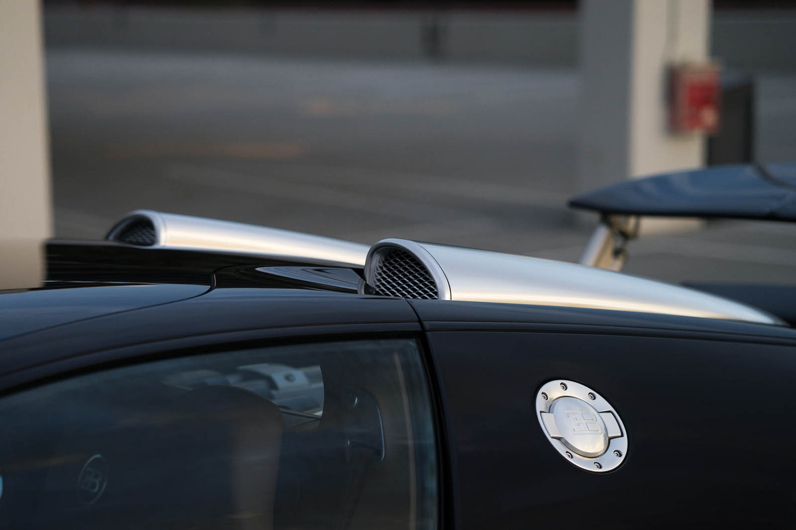 Bugatti_Veyron_Grand_Sport_for_sale_24