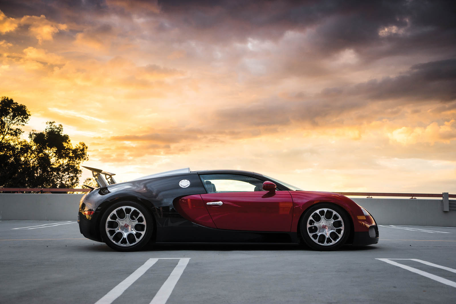 Bugatti_Veyron_Grand_Sport_for_sale_28