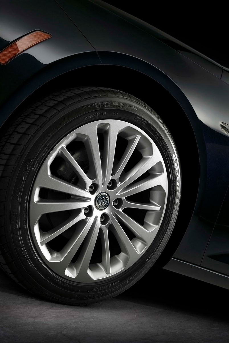 Buick Regal Sportback-7