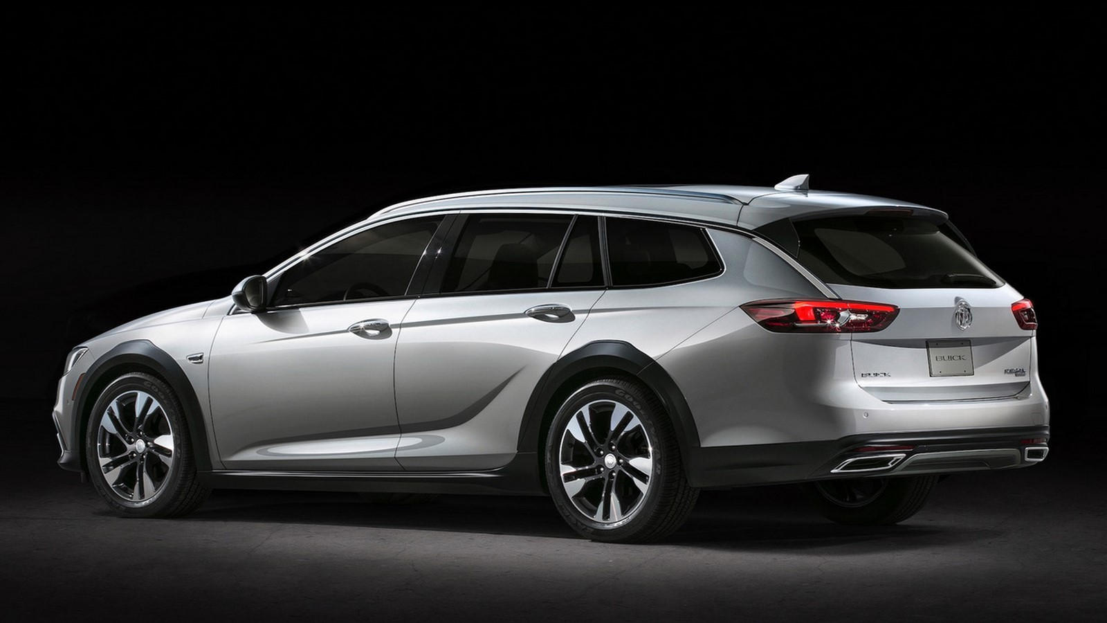 Buick Regal TourX-2