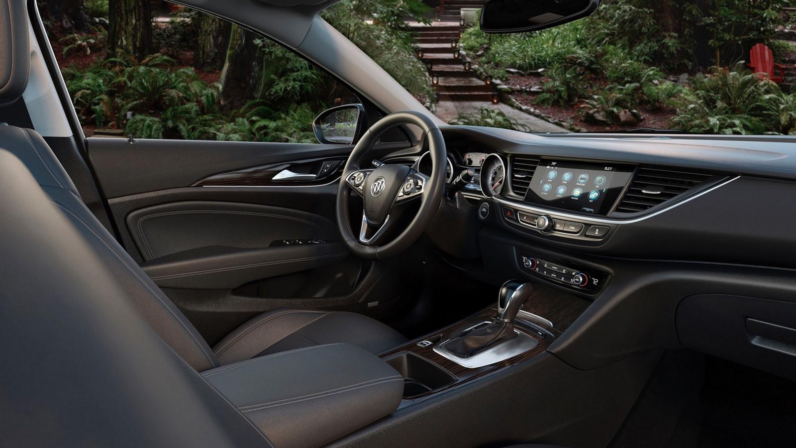 Buick Regal TourX-8