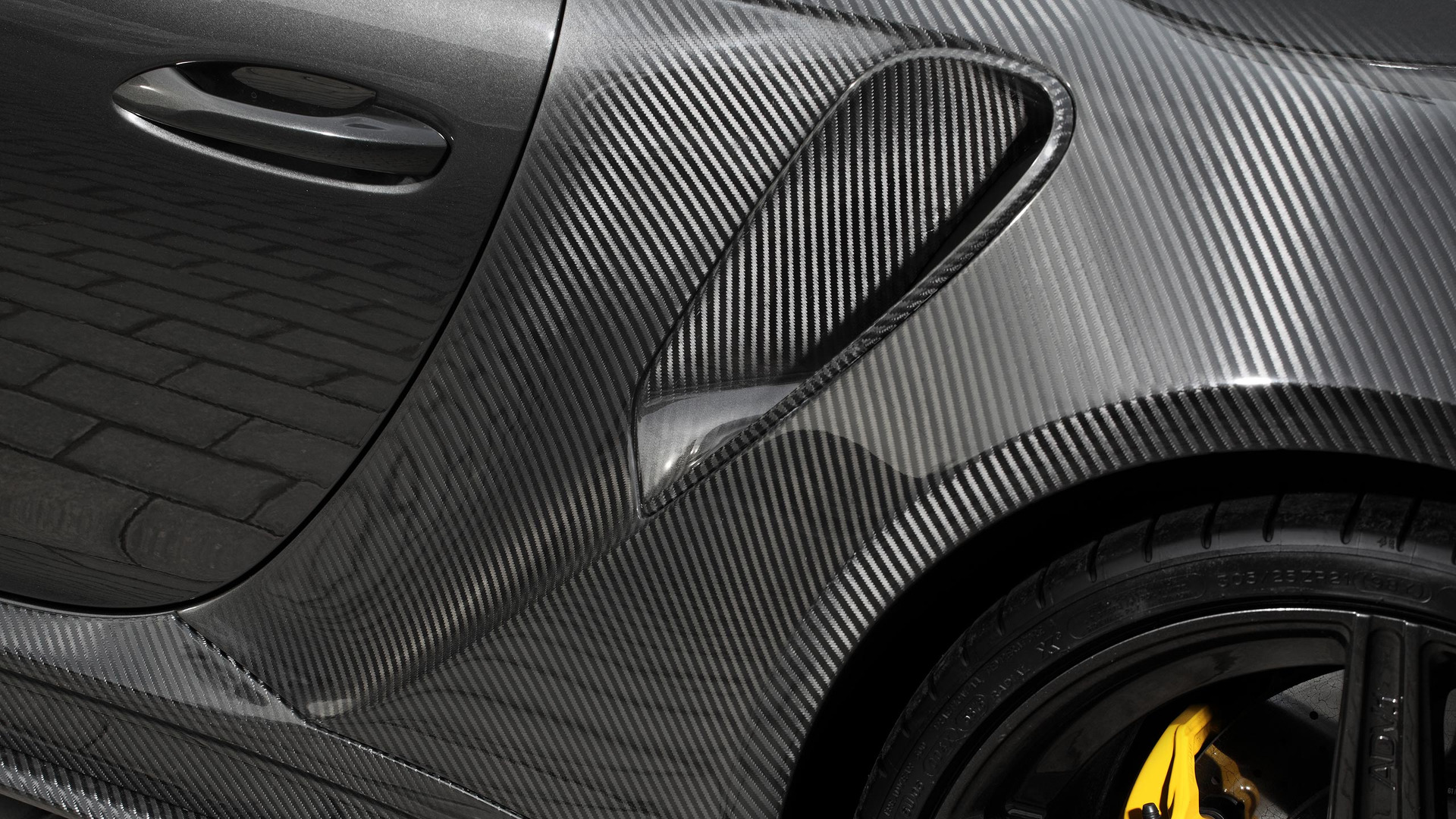 Carbon Porsche 911 Turbo Topcar (15)