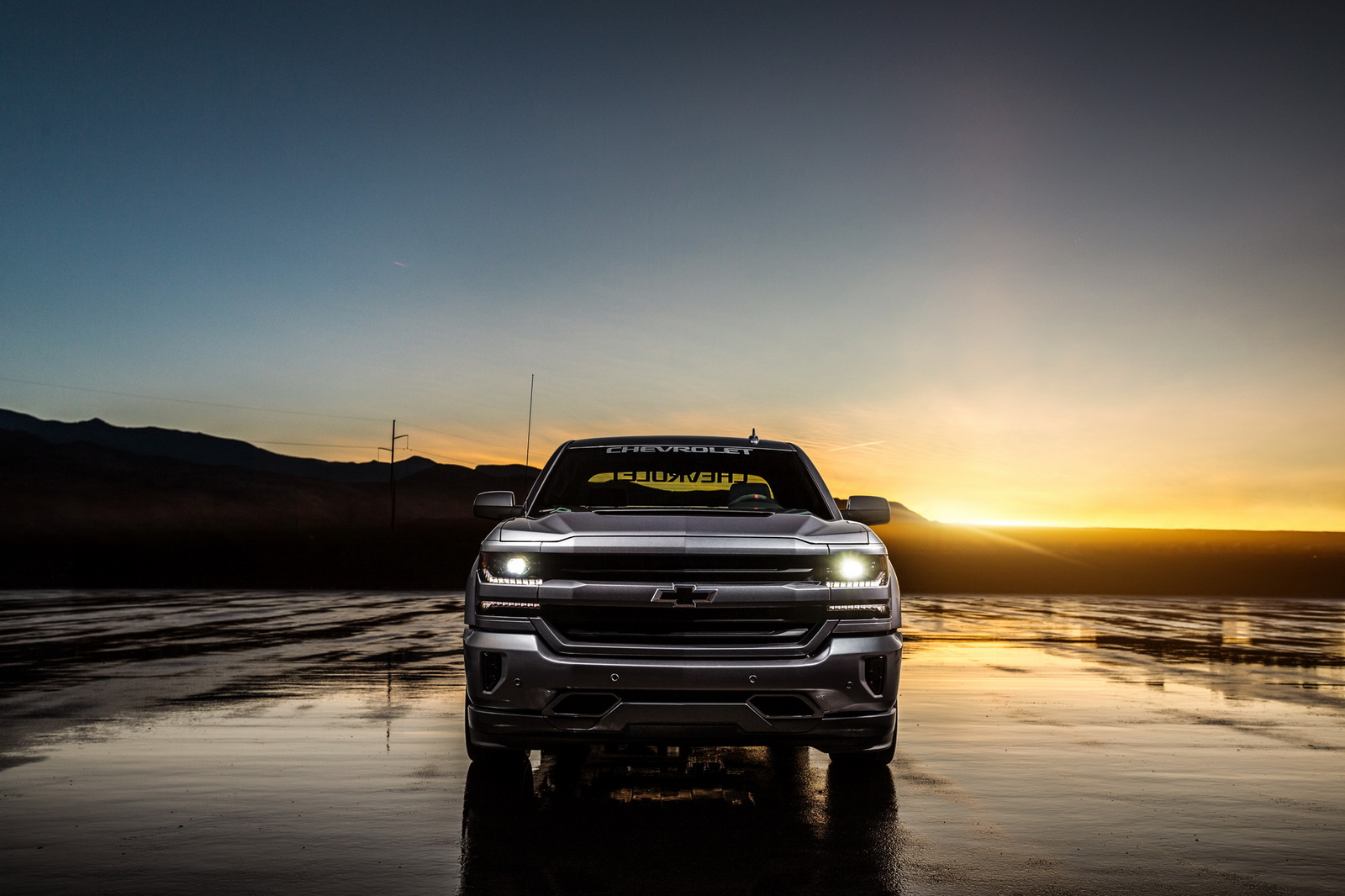2018 Silverado Performance SEMA Concept with a LT4-style intercooled supercharger system adds 100+ horsepower.