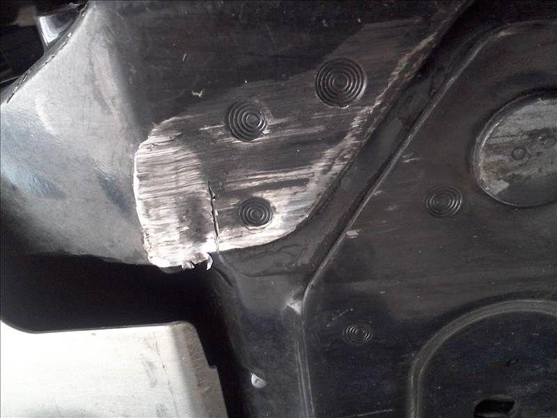 Corvette crack