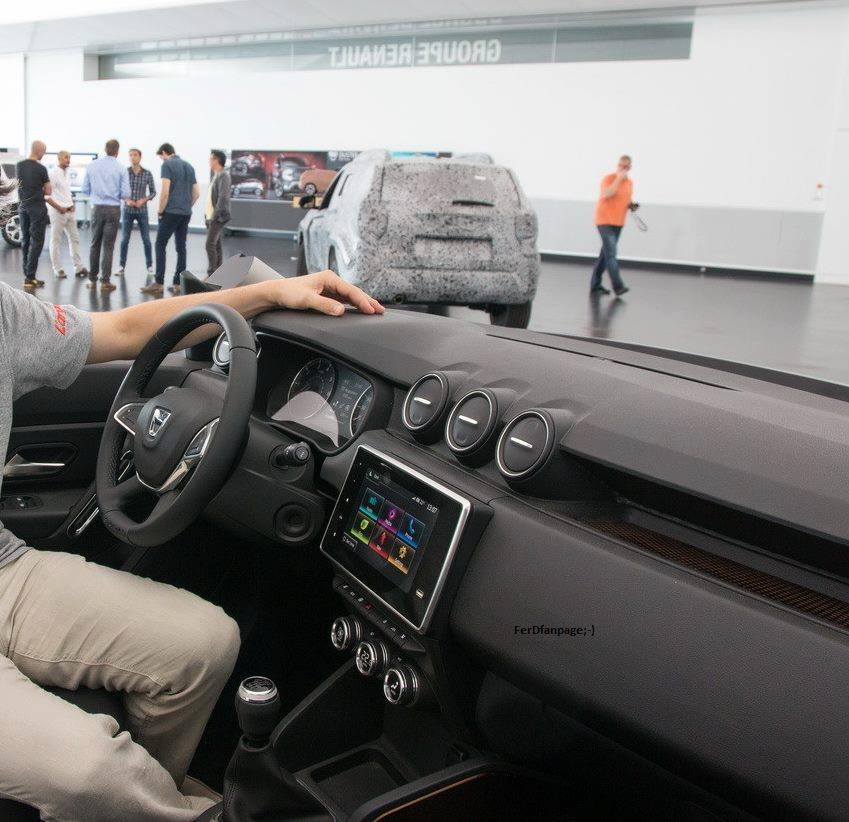 Dacia Duster 2018 Interior (1)