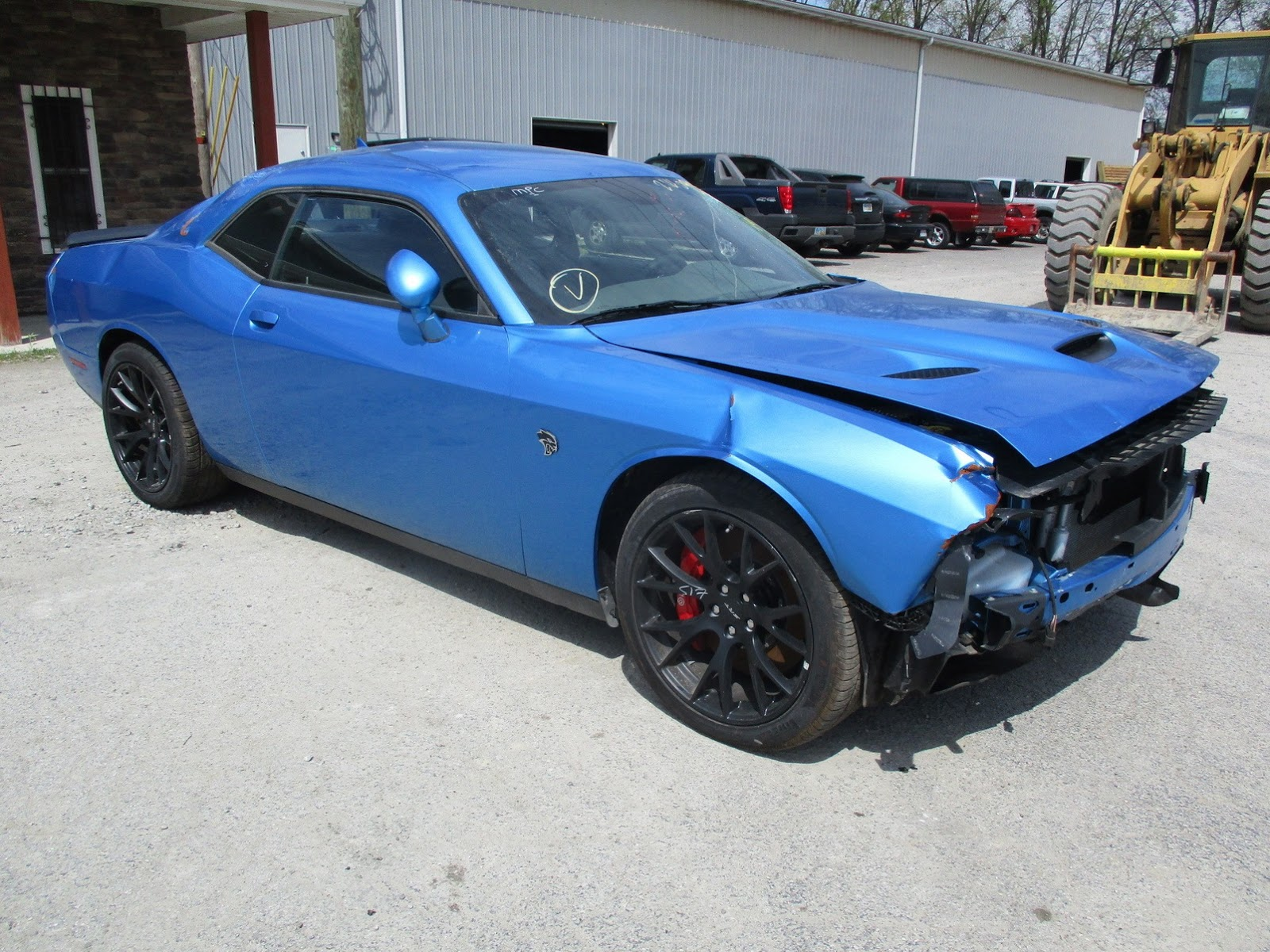 Dodge Challenger Hellcat crashed (12)