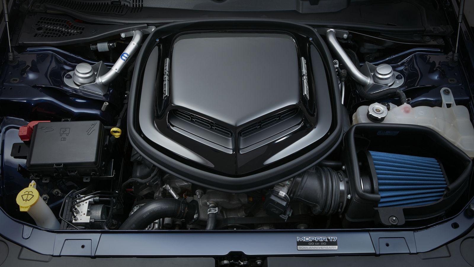 Dodge Challenger Mopar 2017 (14)