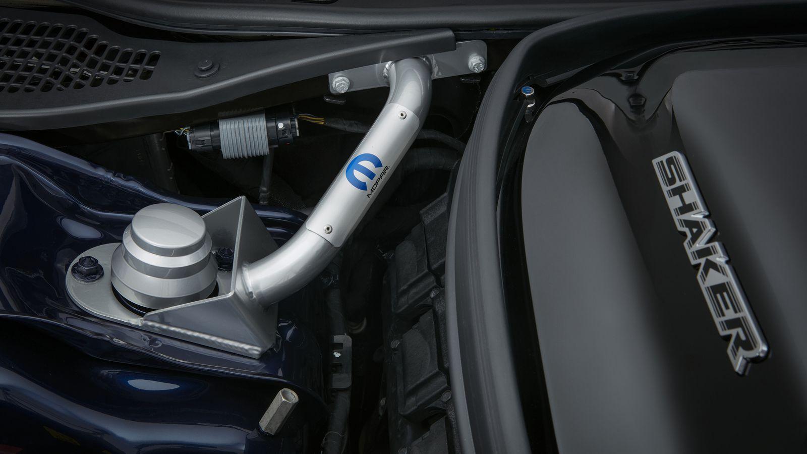 Dodge Challenger Mopar 2017 (17)