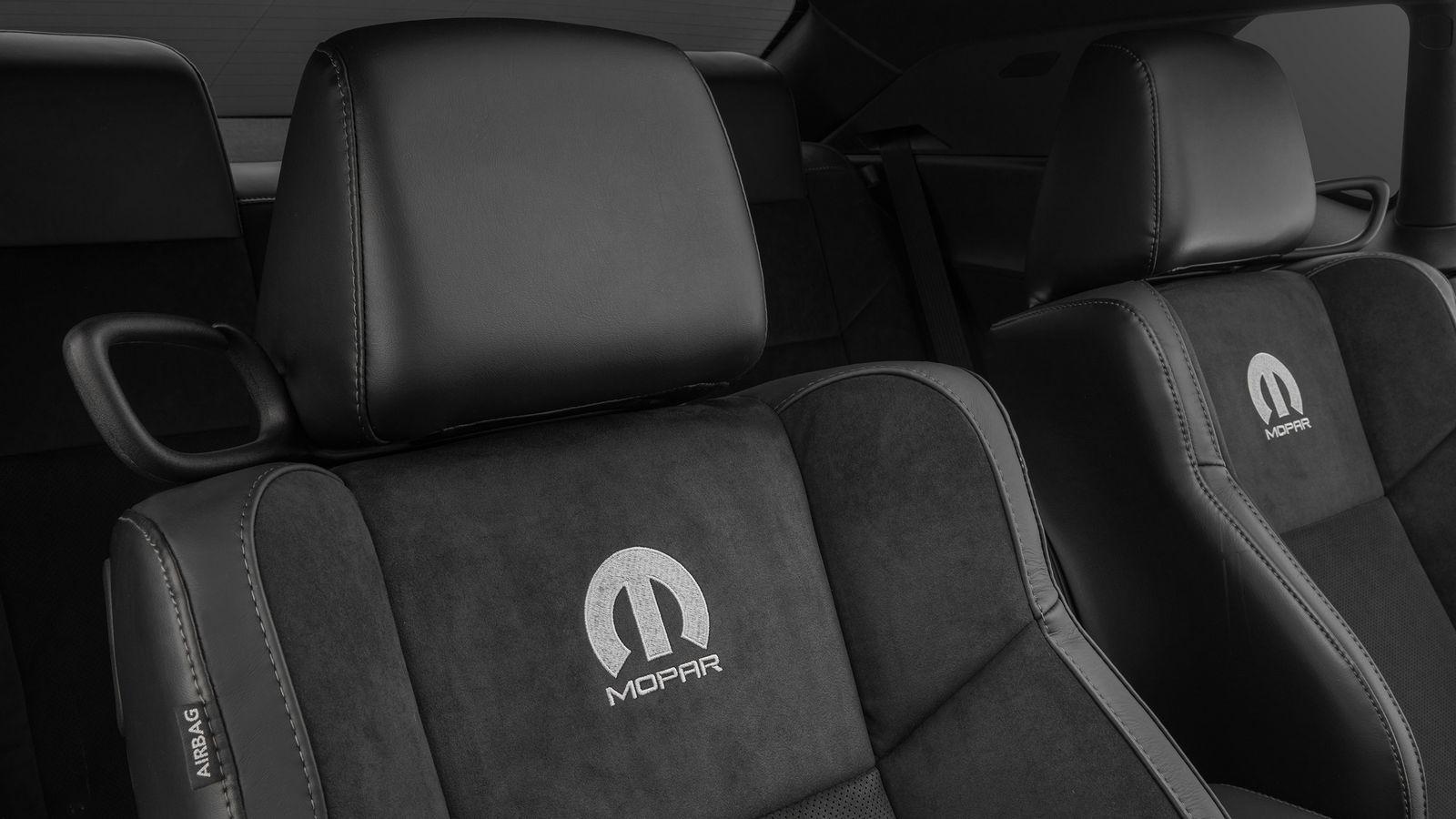 Dodge Challenger Mopar 2017 (5)