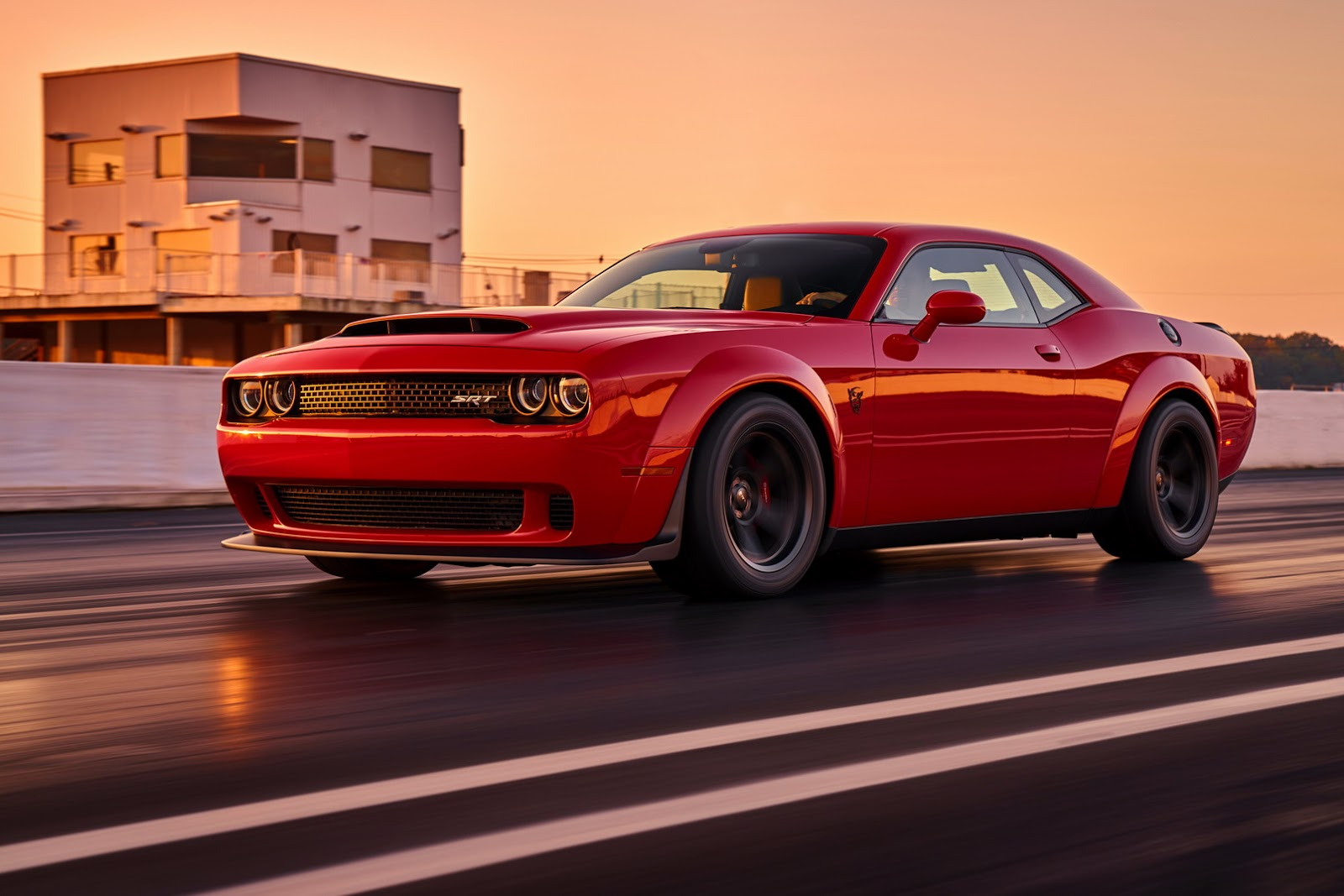 2018-Dodge-Challenger-Demon-11