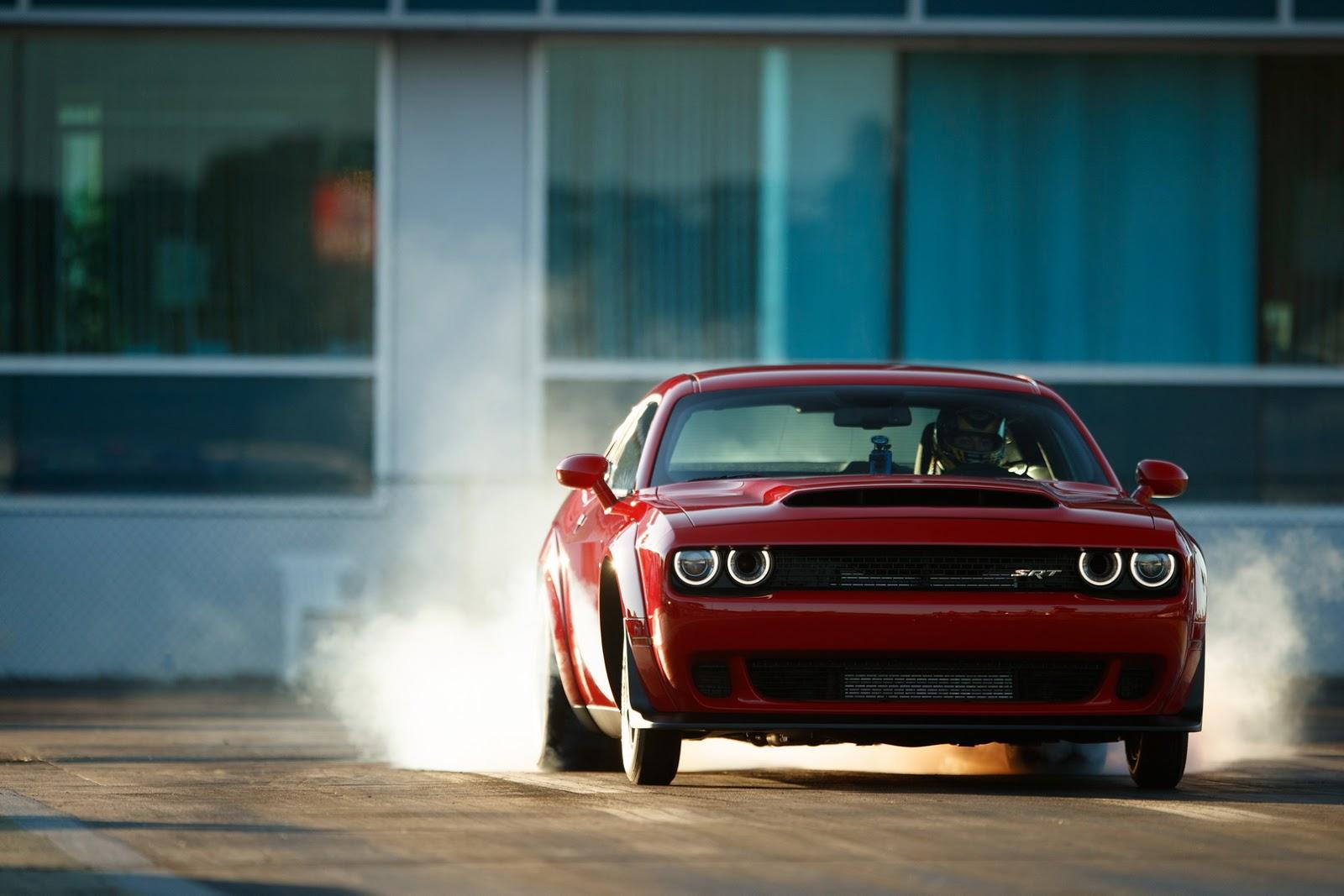 2018-Dodge-Challenger-Demon-126