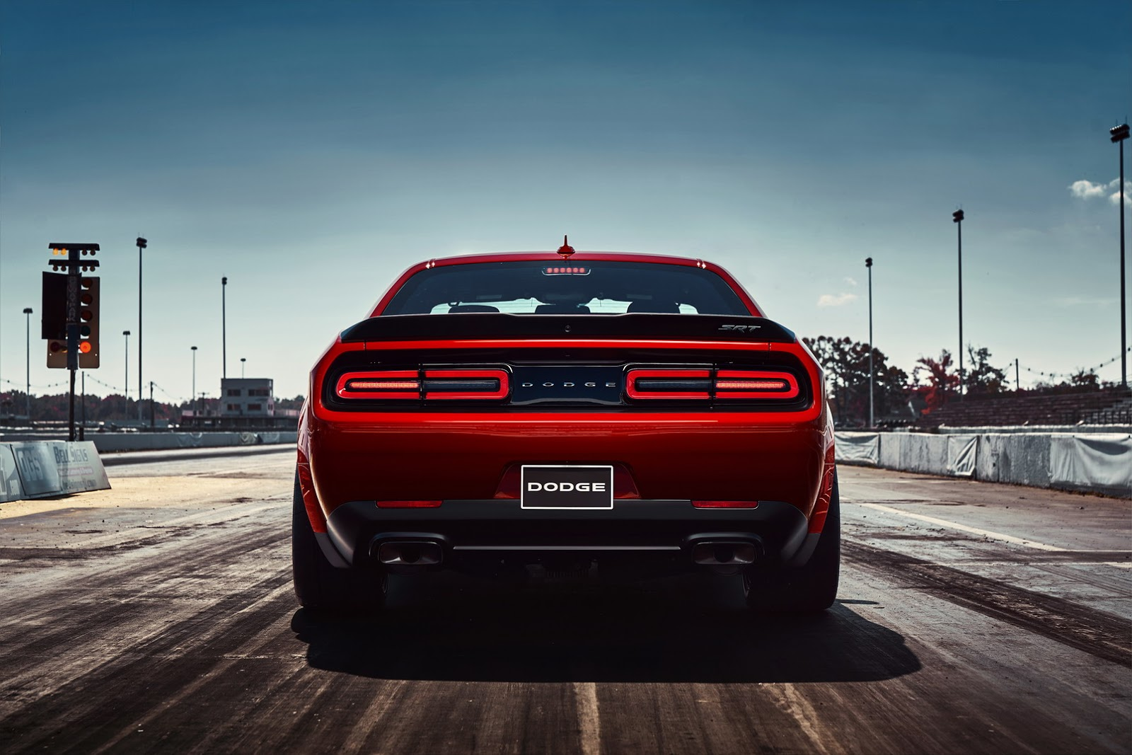 2018-Dodge-Challenger-Demon-25