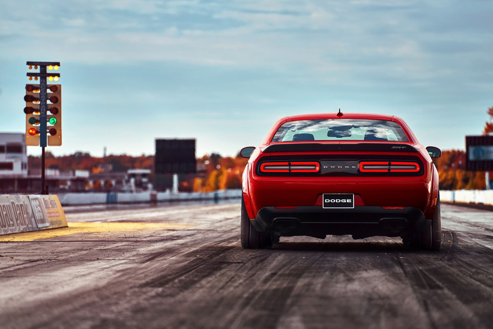 2018-Dodge-Challenger-Demon-28