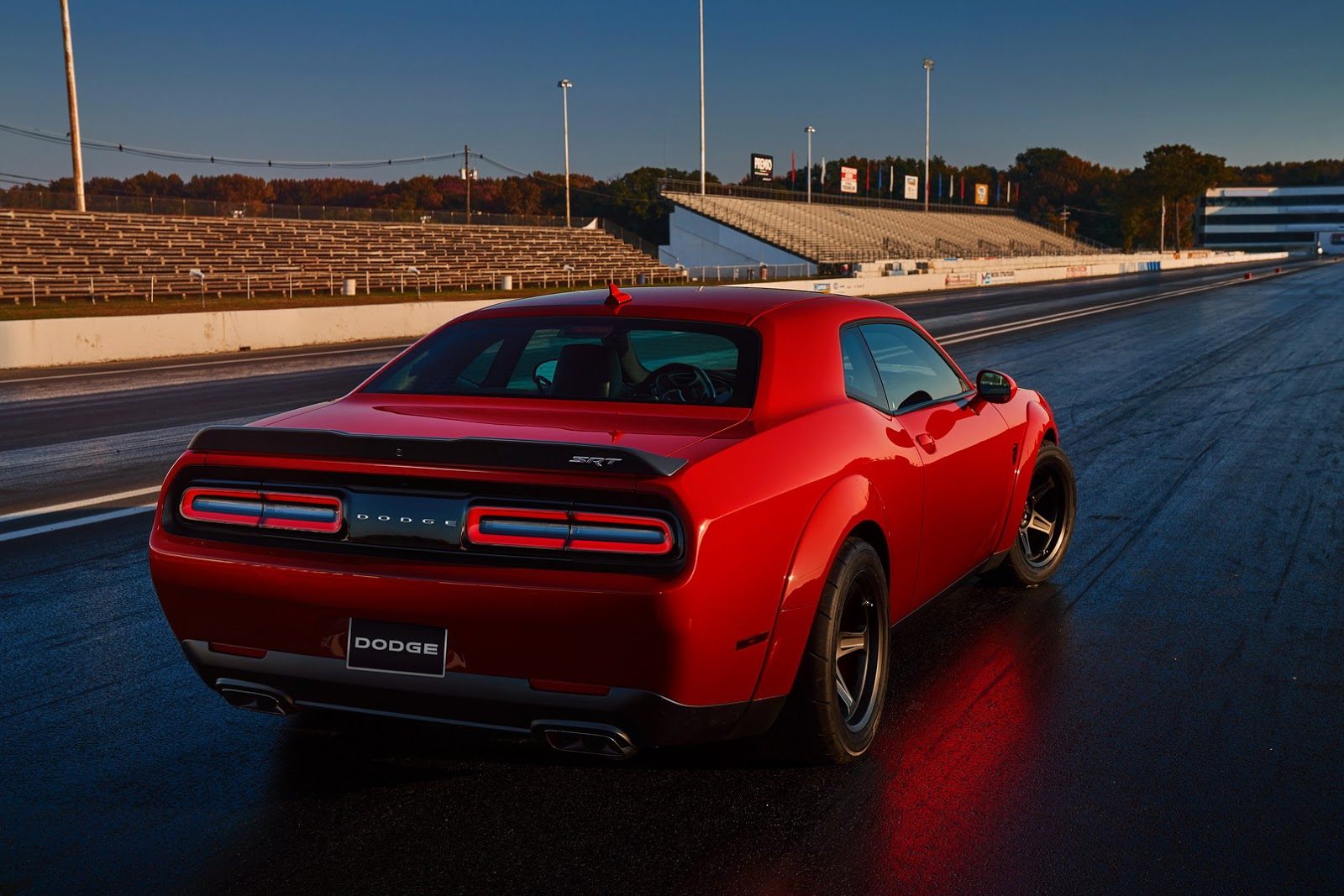 2018-Dodge-Challenger-Demon-29