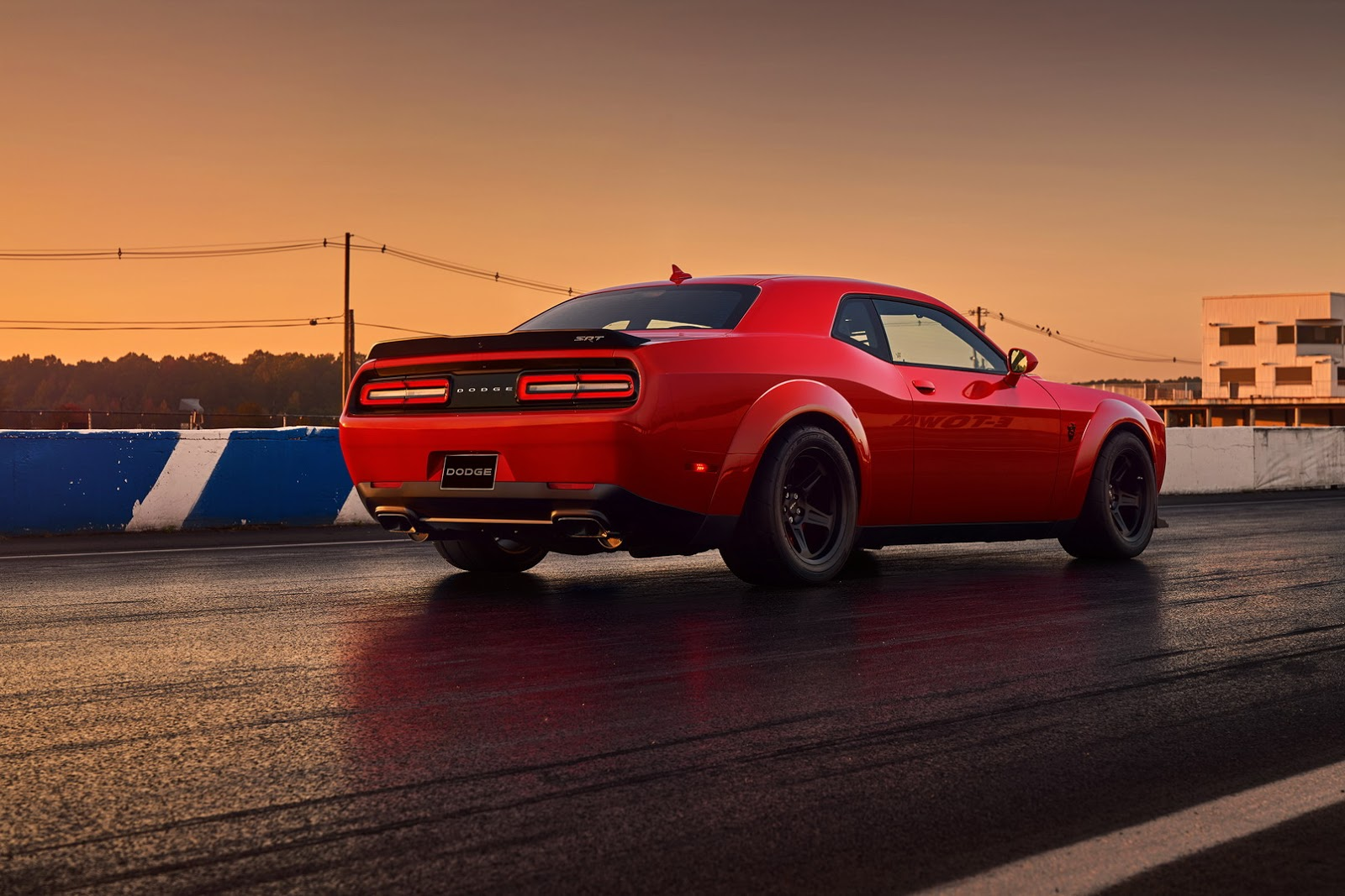 2018-Dodge-Challenger-Demon-30