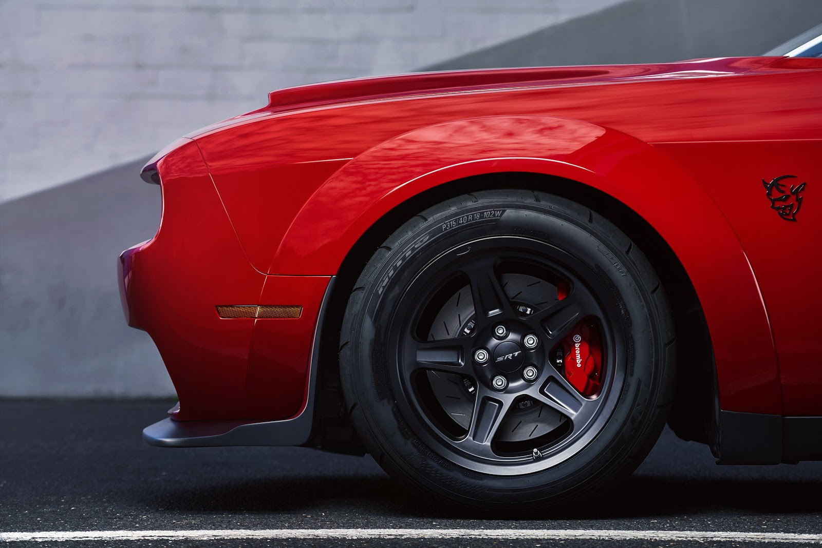 2018-Dodge-Challenger-Demon-46