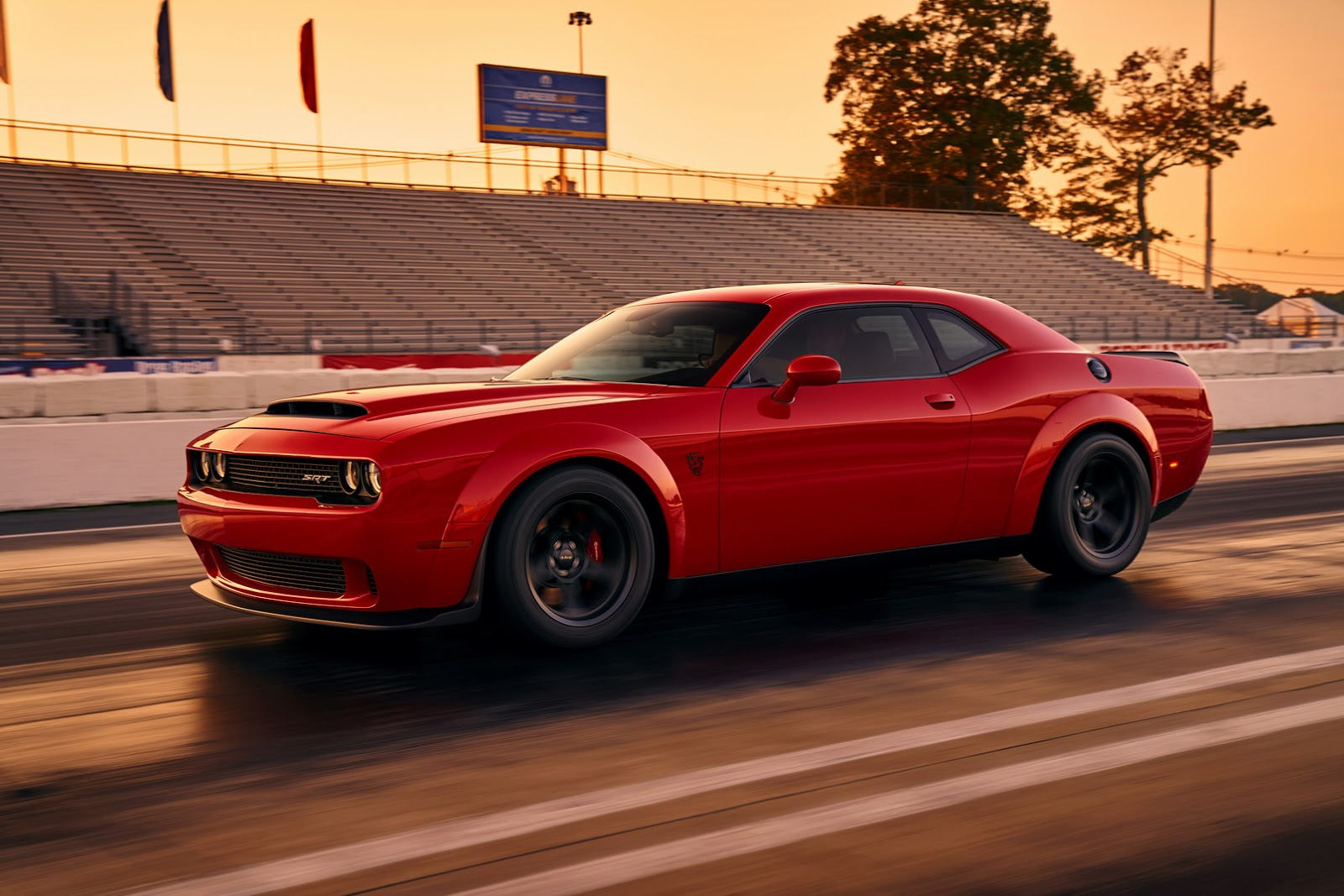 2018-Dodge-Challenger-Demon-8