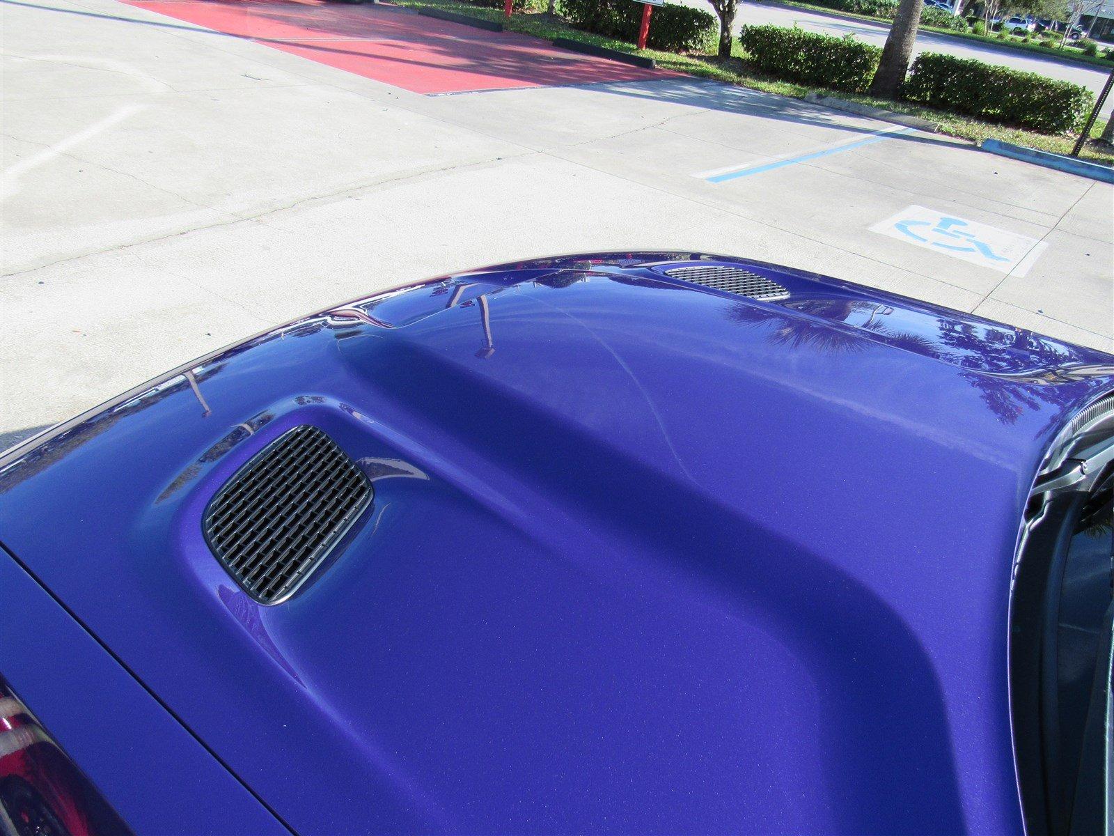 Dodge Challenger SRT Hellcat Convertible (12)