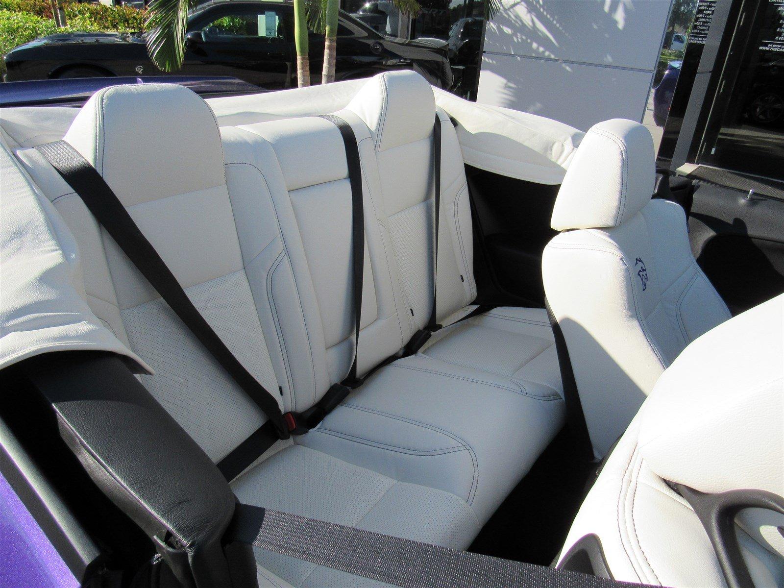 Dodge Challenger SRT Hellcat Convertible (31)
