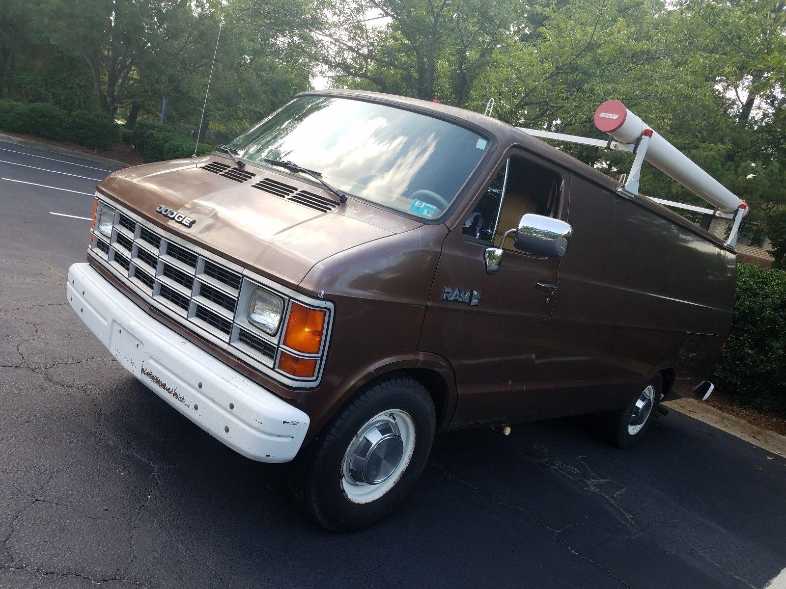 Dodge Ram Surveillance Van (3)