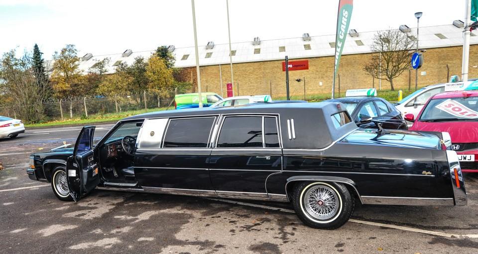 Donald Trump Cadillac Limo (4)