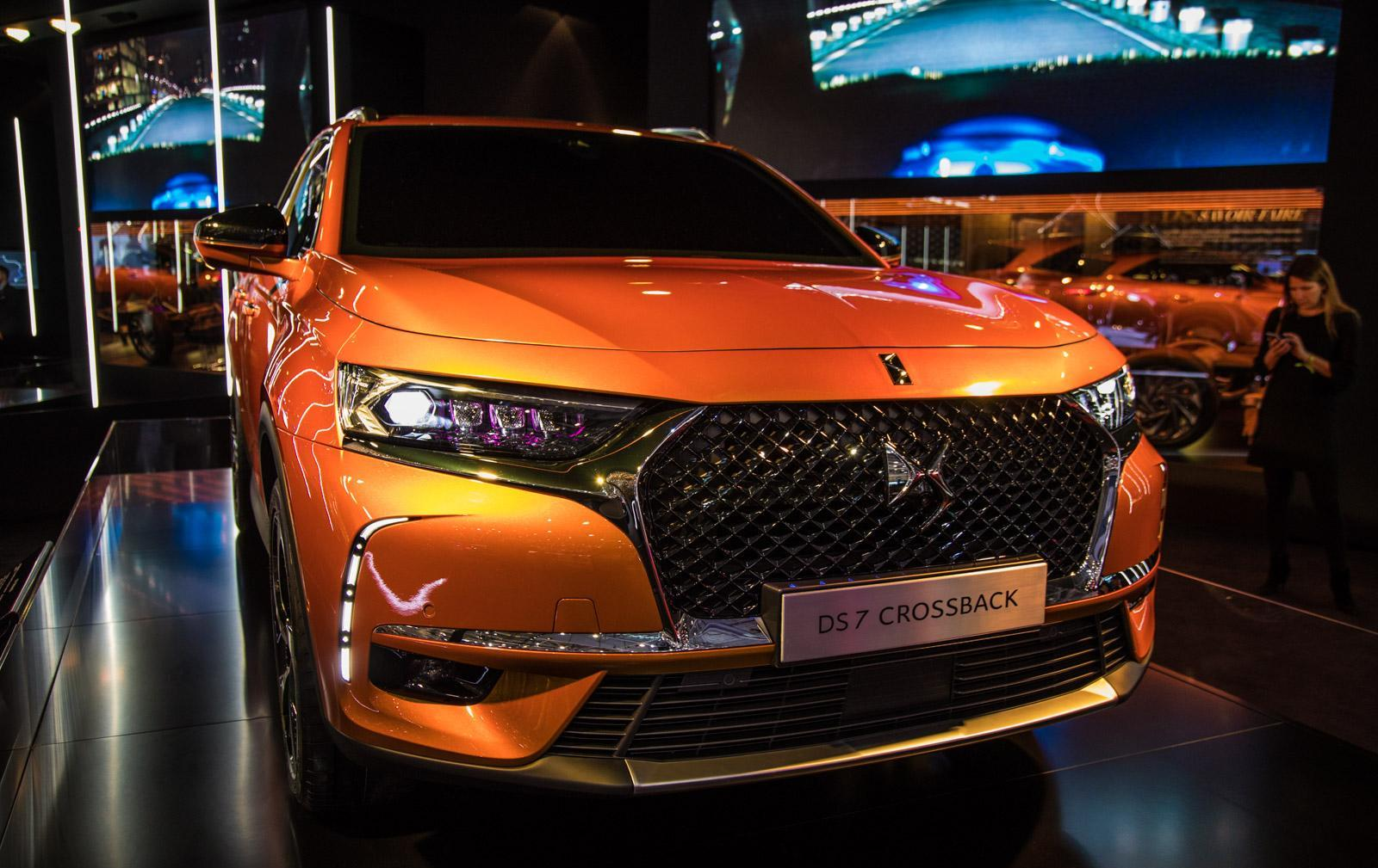 DS-7-Crossback-003