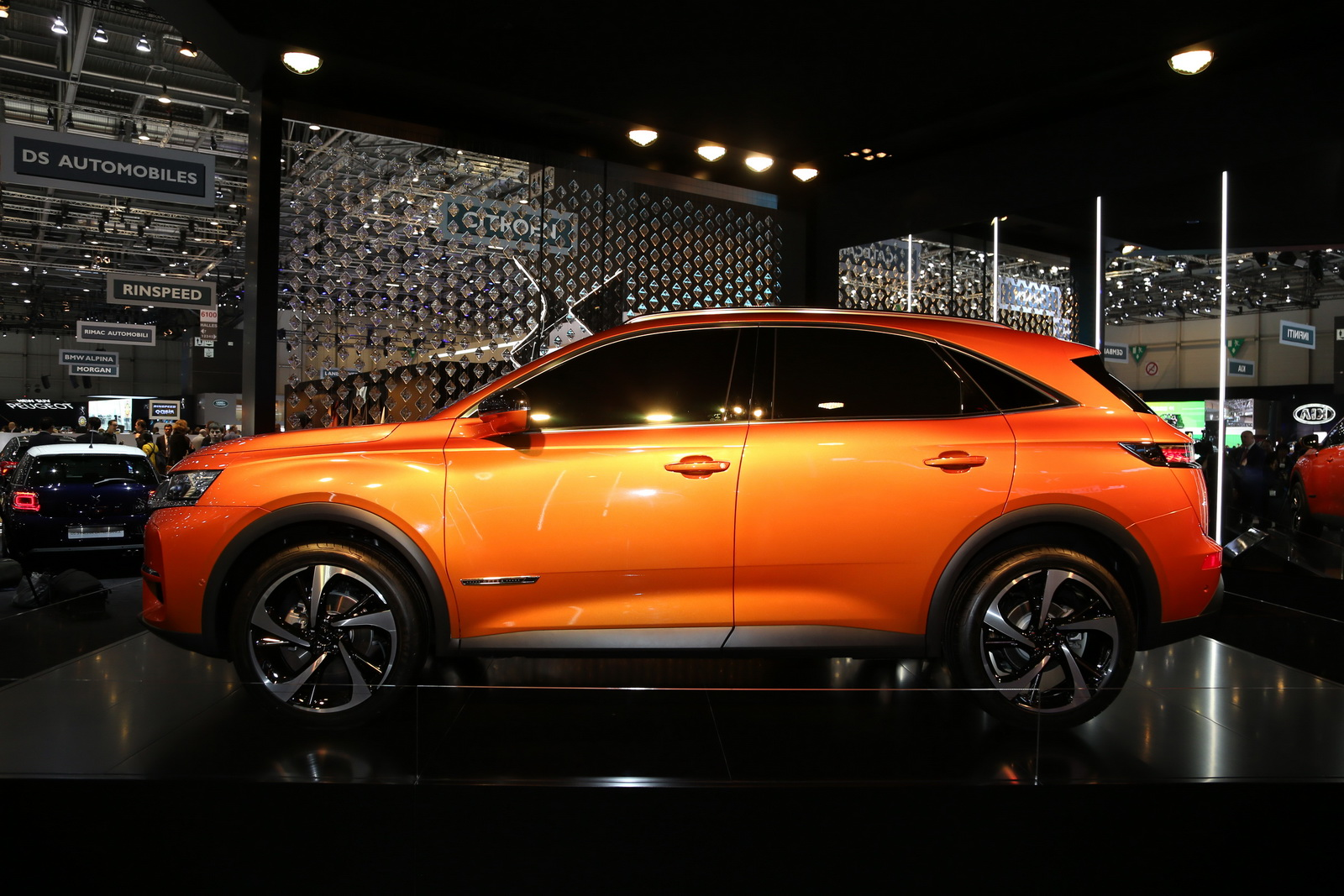 DS7-Crossback-06