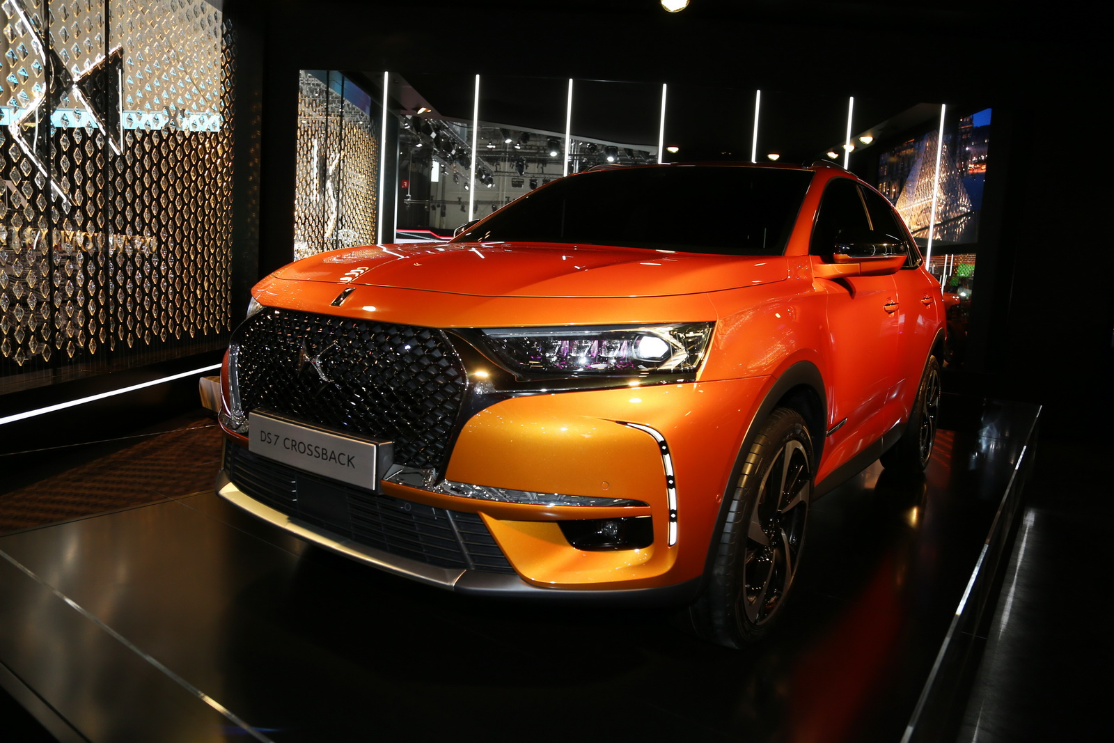 DS7-Crossback-07