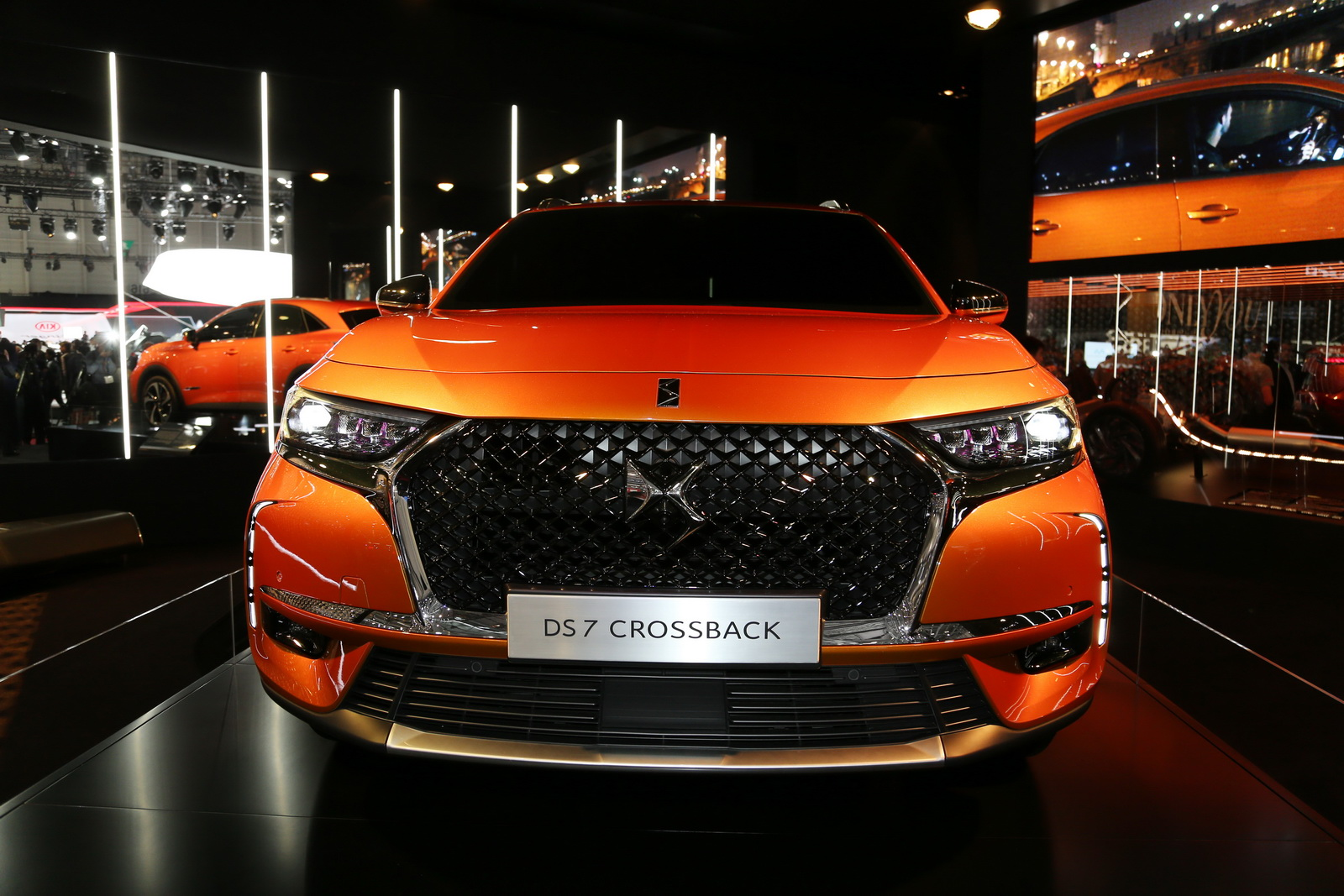 DS7-Crossback-08