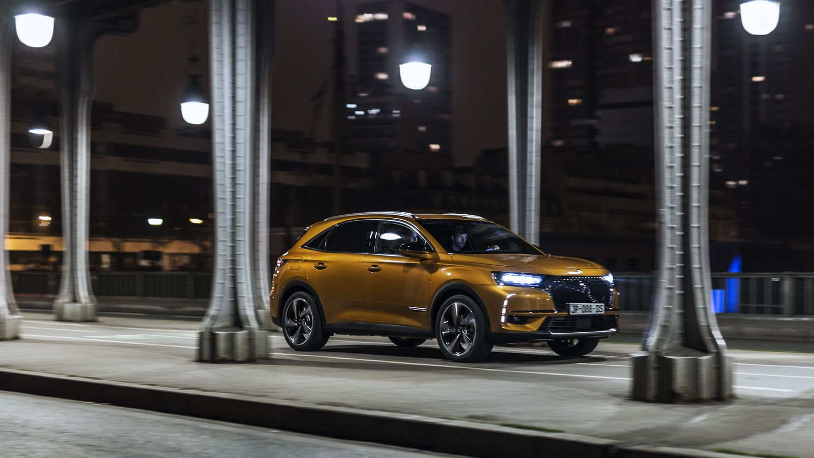 DS7-Crossback-24